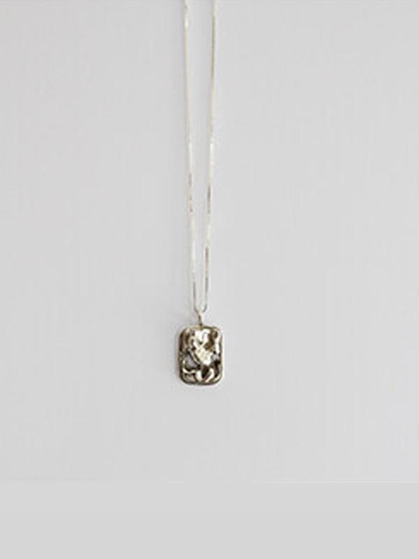 1064STUDIO Baby Vintage N Square in Silver (Metallic)
