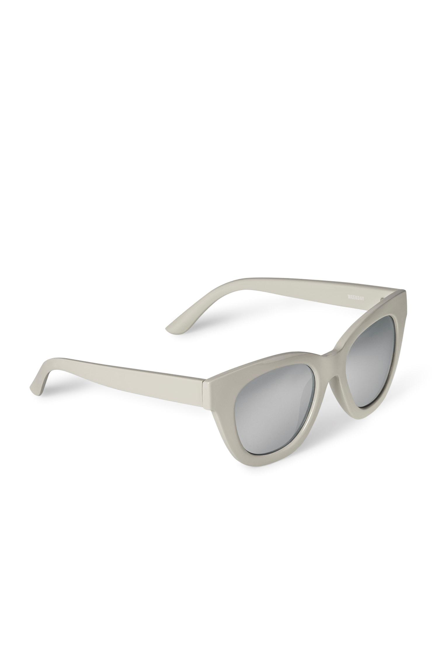 Weekday Jetlag Cateye Sunglasses