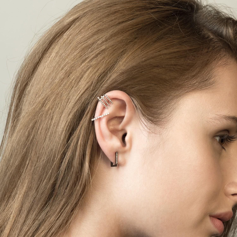 Astrid & Miyu Line Ear Jacket In Gold in Metallic