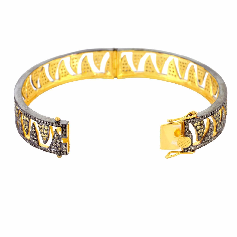 Meghna Jewels Claw Bangle Champagne Diamonds & Yellow Sapphire in Gold / Brown (Metallic)