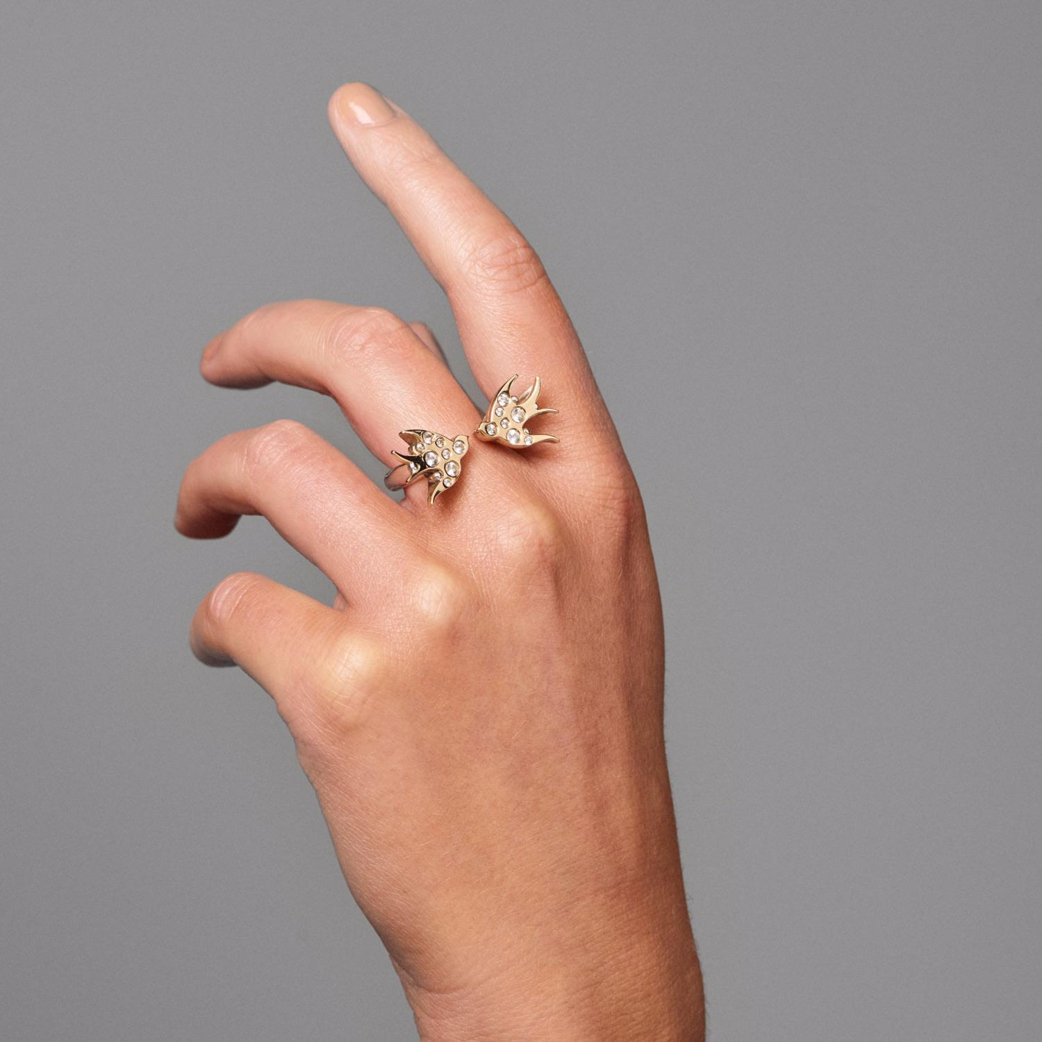 Ella Green Jewellery Swallows Tattoo Ring Yellow Gold Silver With White Sapphires in Silver / White / Gold (Metallic)