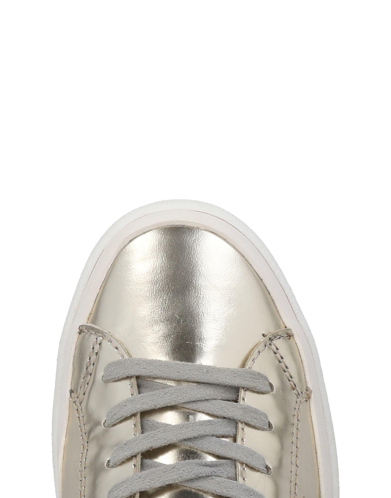 Philippe Model Leather Low-tops & Sneakers in Platinum (White)