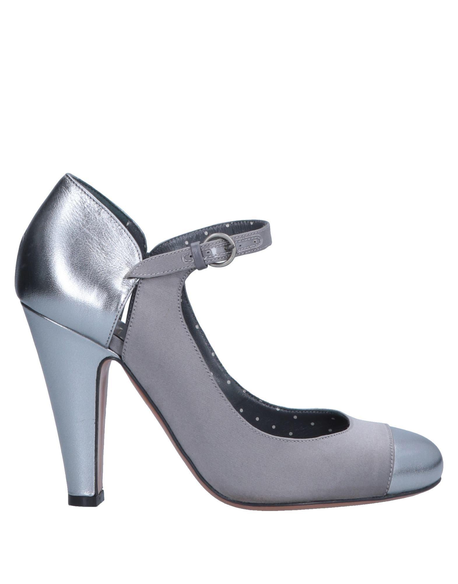 Lyst - Zapatos de salón Boutique Moschino de color Metálico 3f932864d4a6