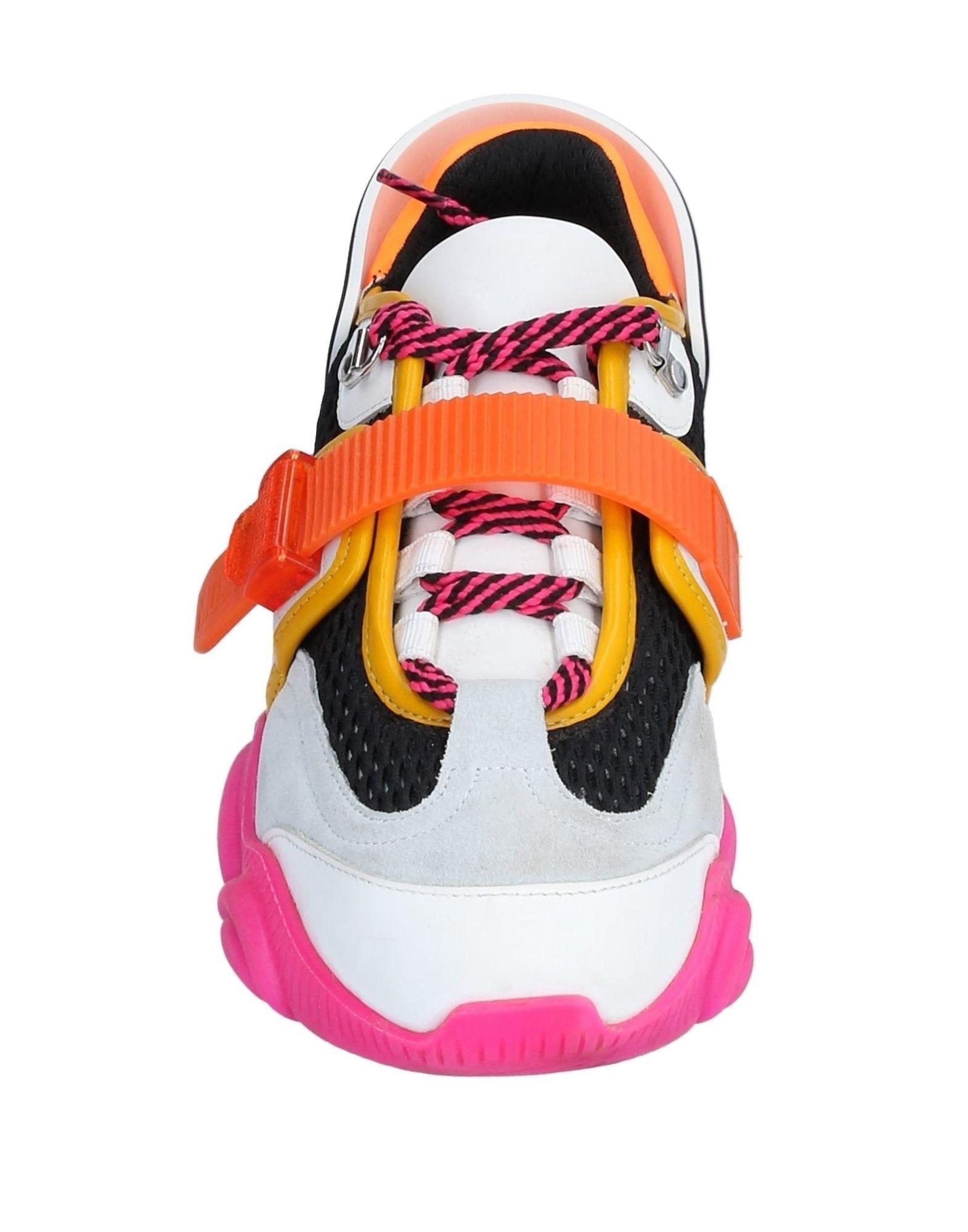 Sneakers & Deportivas Moschino de Ante de color Naranja