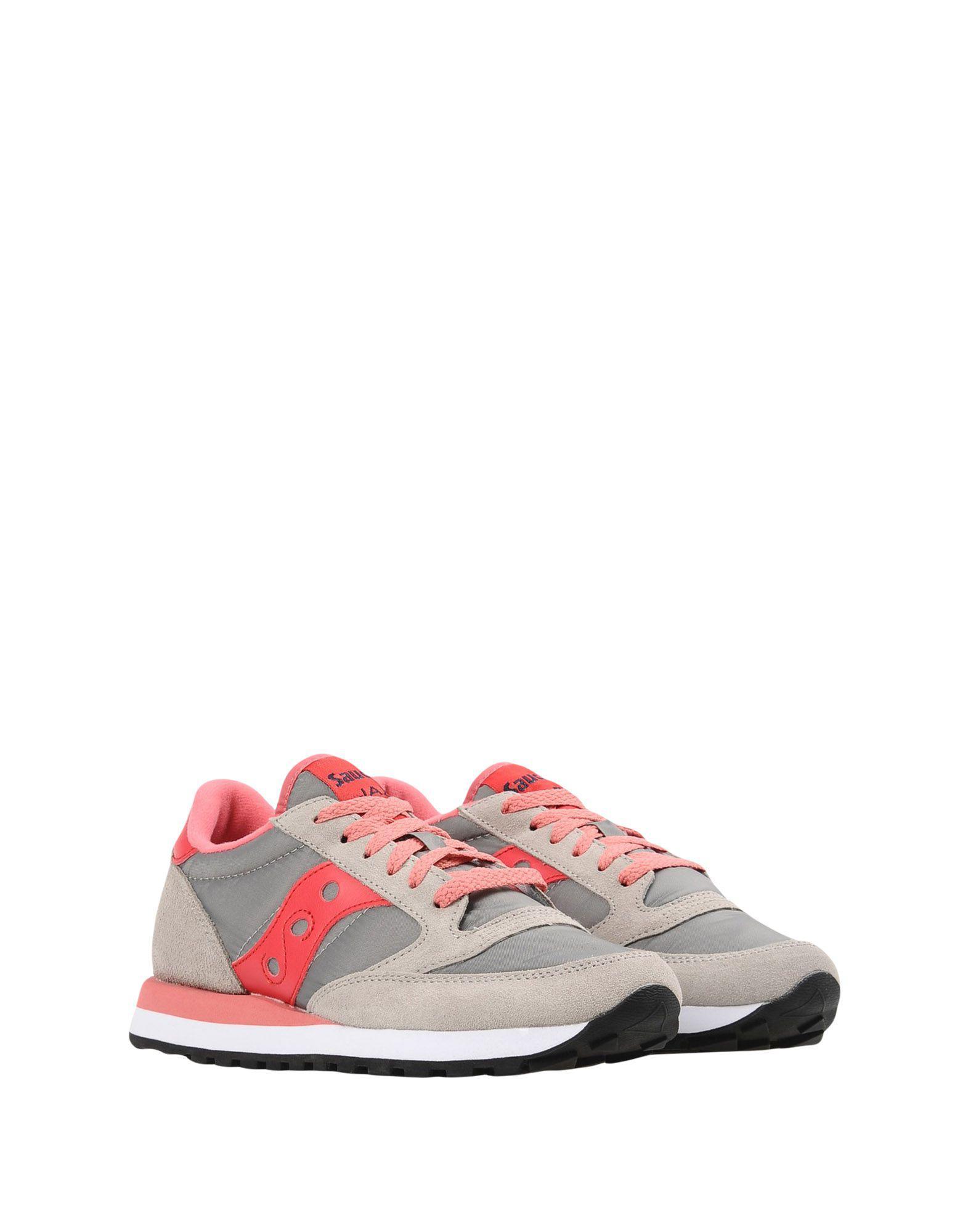 Saucony Suede Low-tops & Sneakers in Grey (Grey)