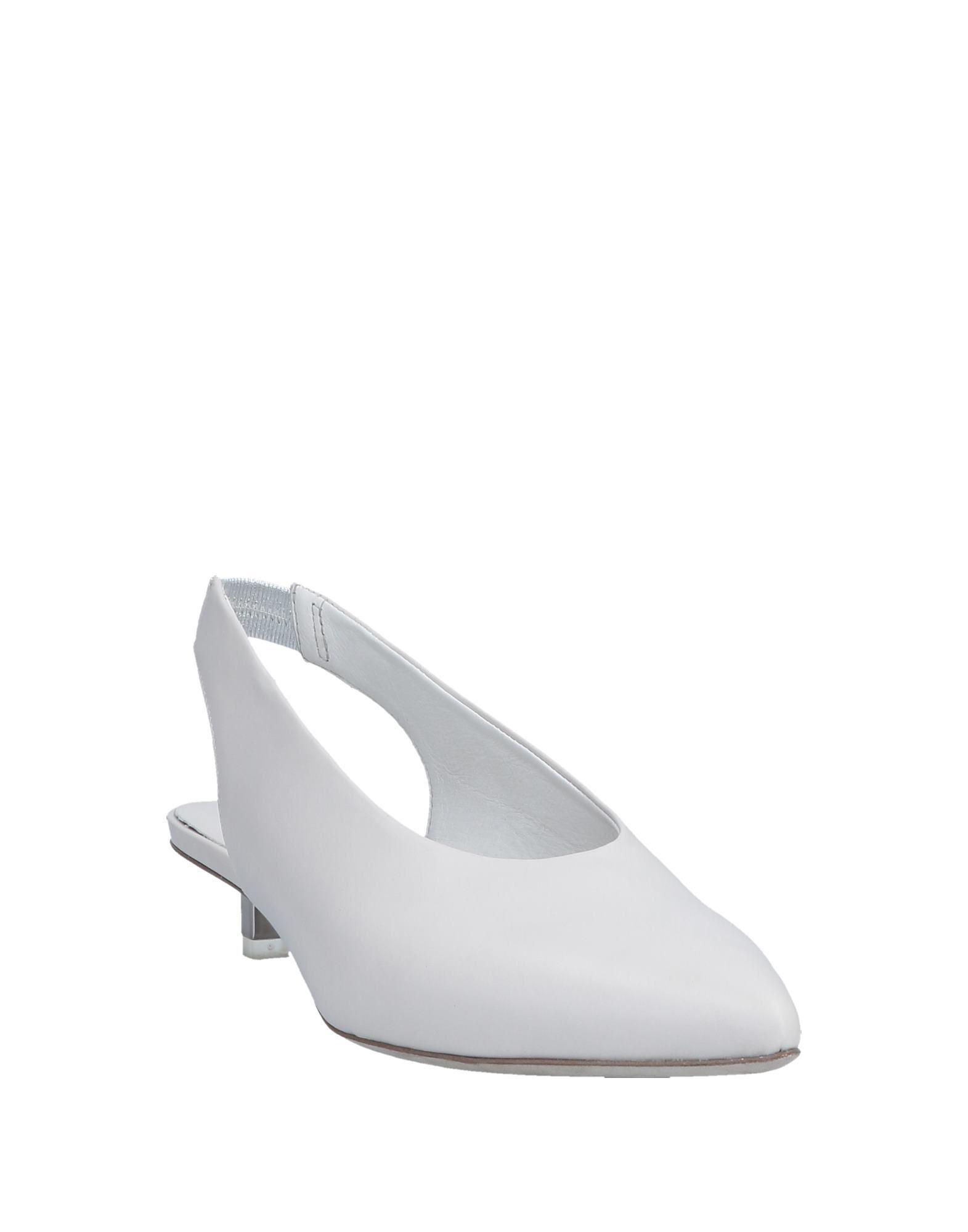 Zapatos de salón Vic Matié de color Blanco