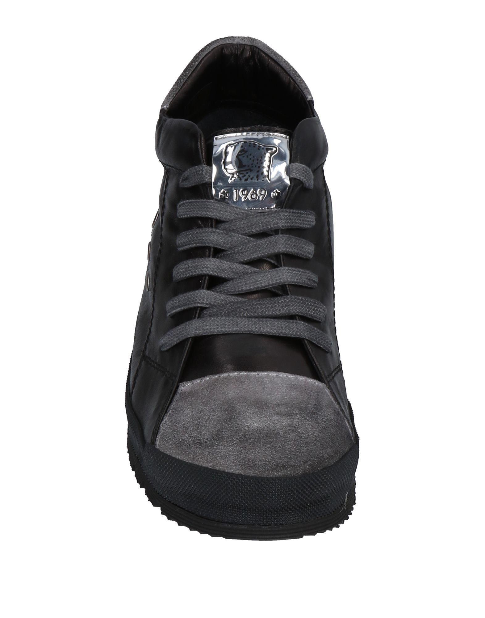GEPARD 1969 Suede Low-tops & Sneakers in Black