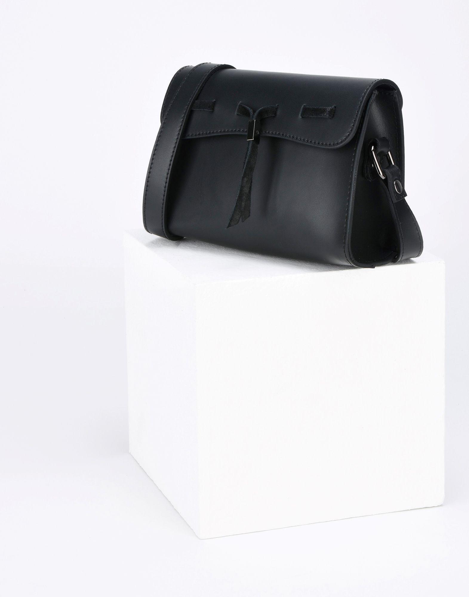 8 Cross-body Bag in Black