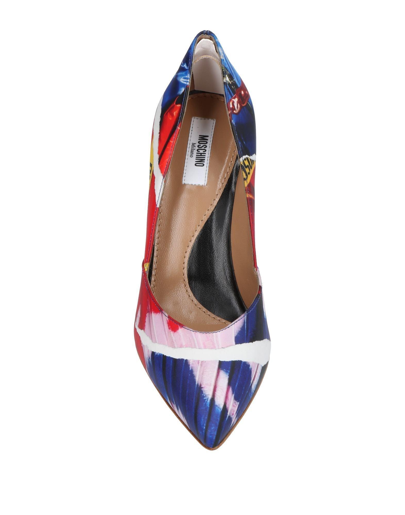 Zapatos de salón Moschino de Cuero de color Azul