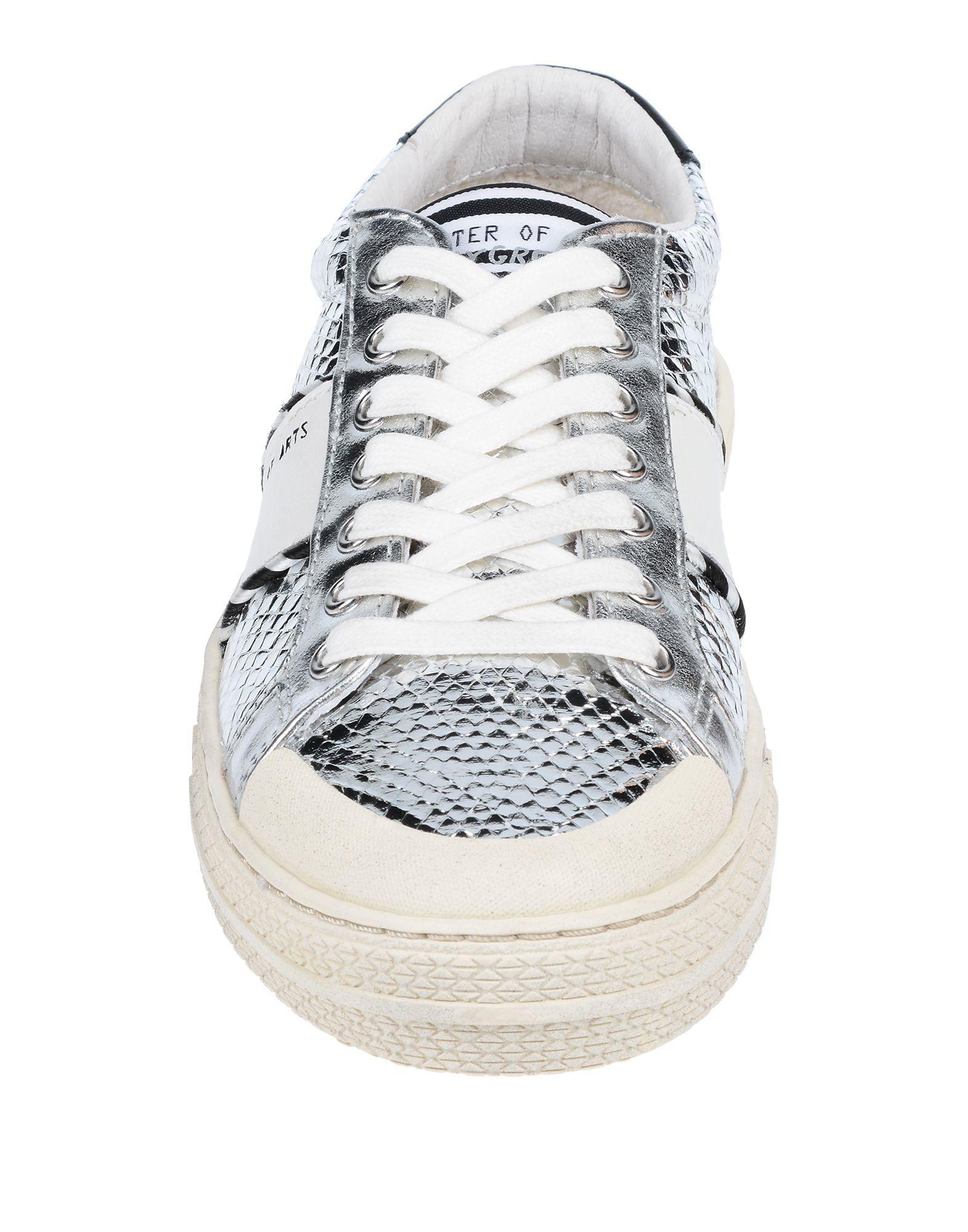 Sneakers & Deportivas MOA de Cuero de color Metálico
