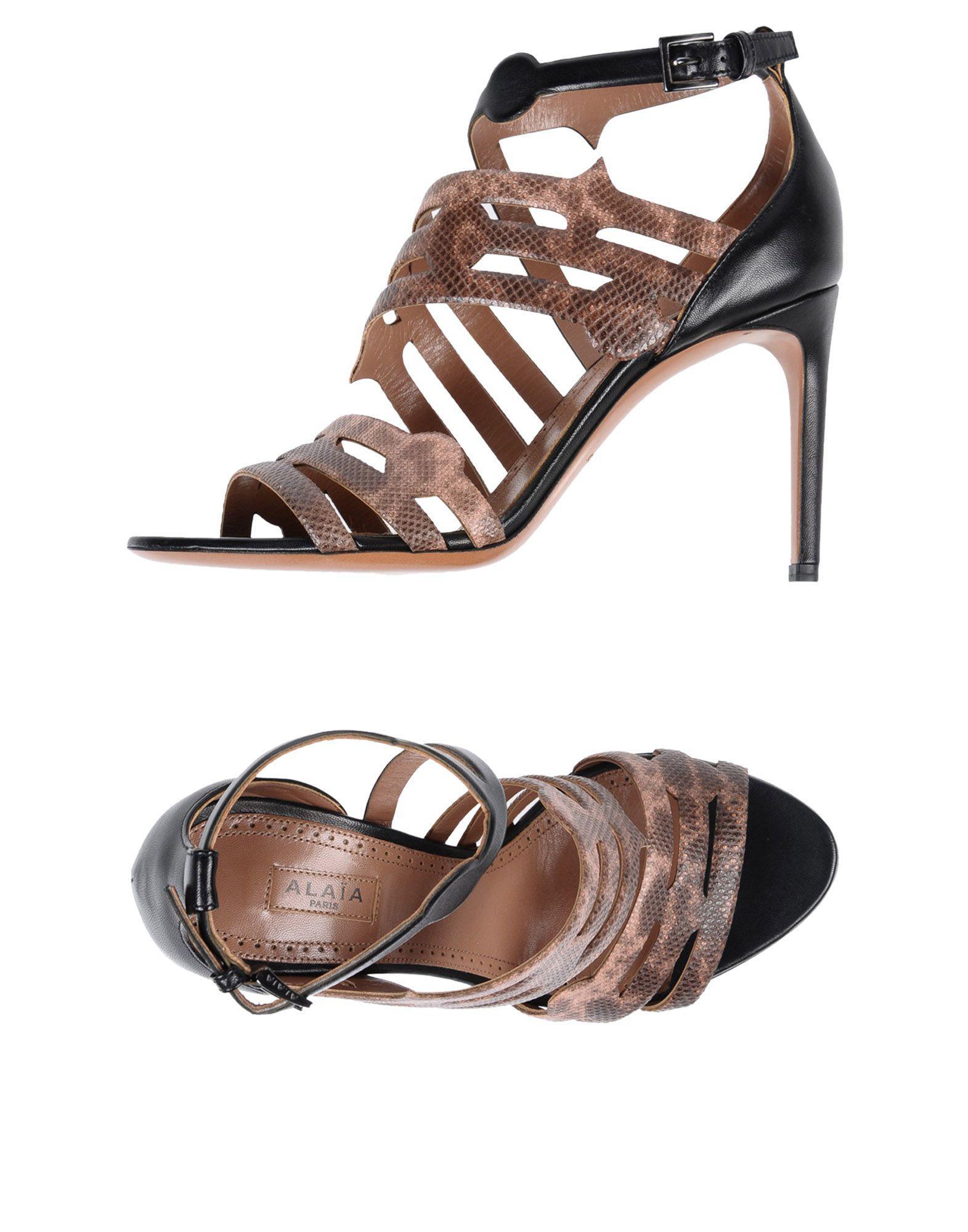 7ee63281c9c Alaïa Sandals in Pink - Lyst