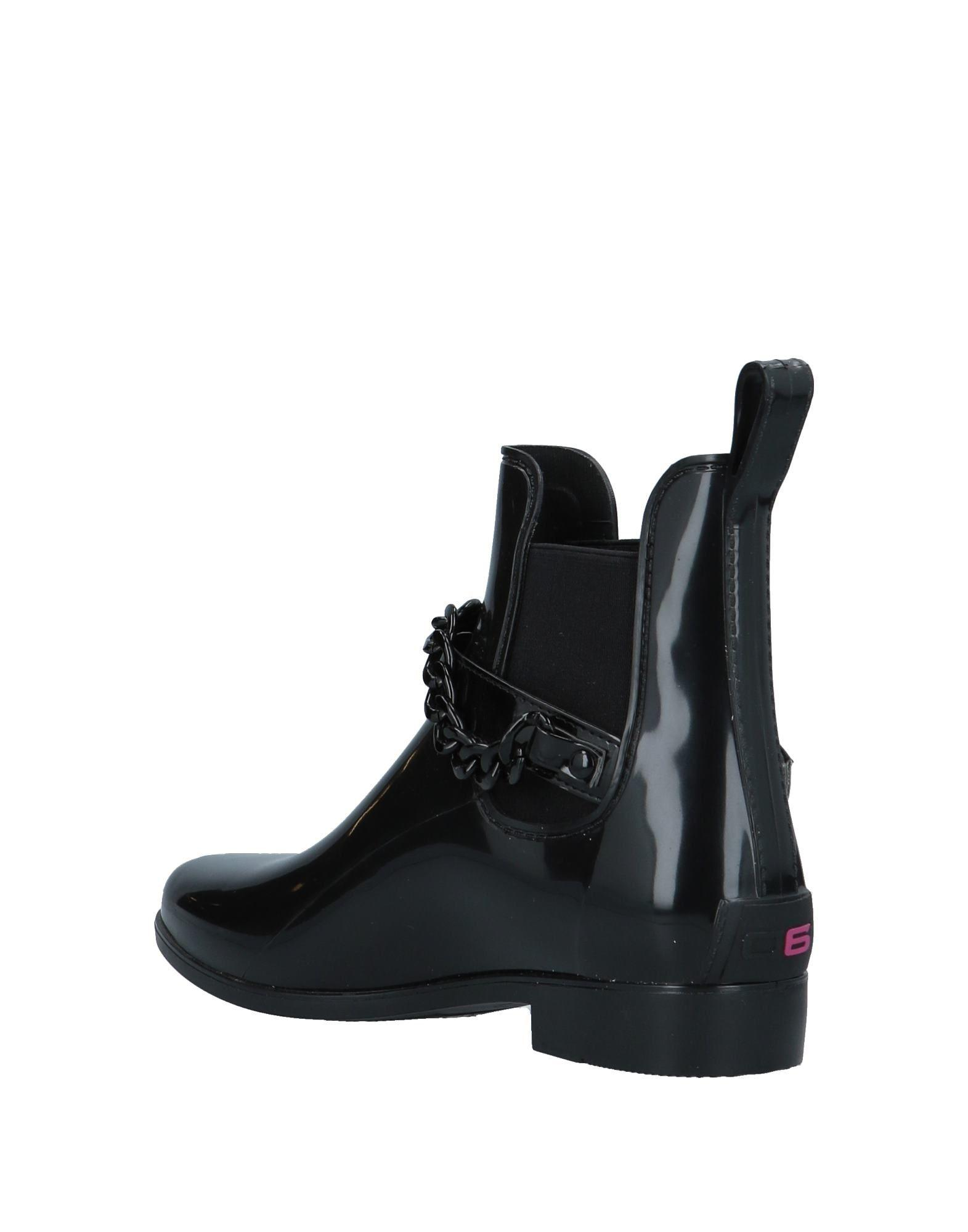 06 Milano Rubber Ankle Boots in Black