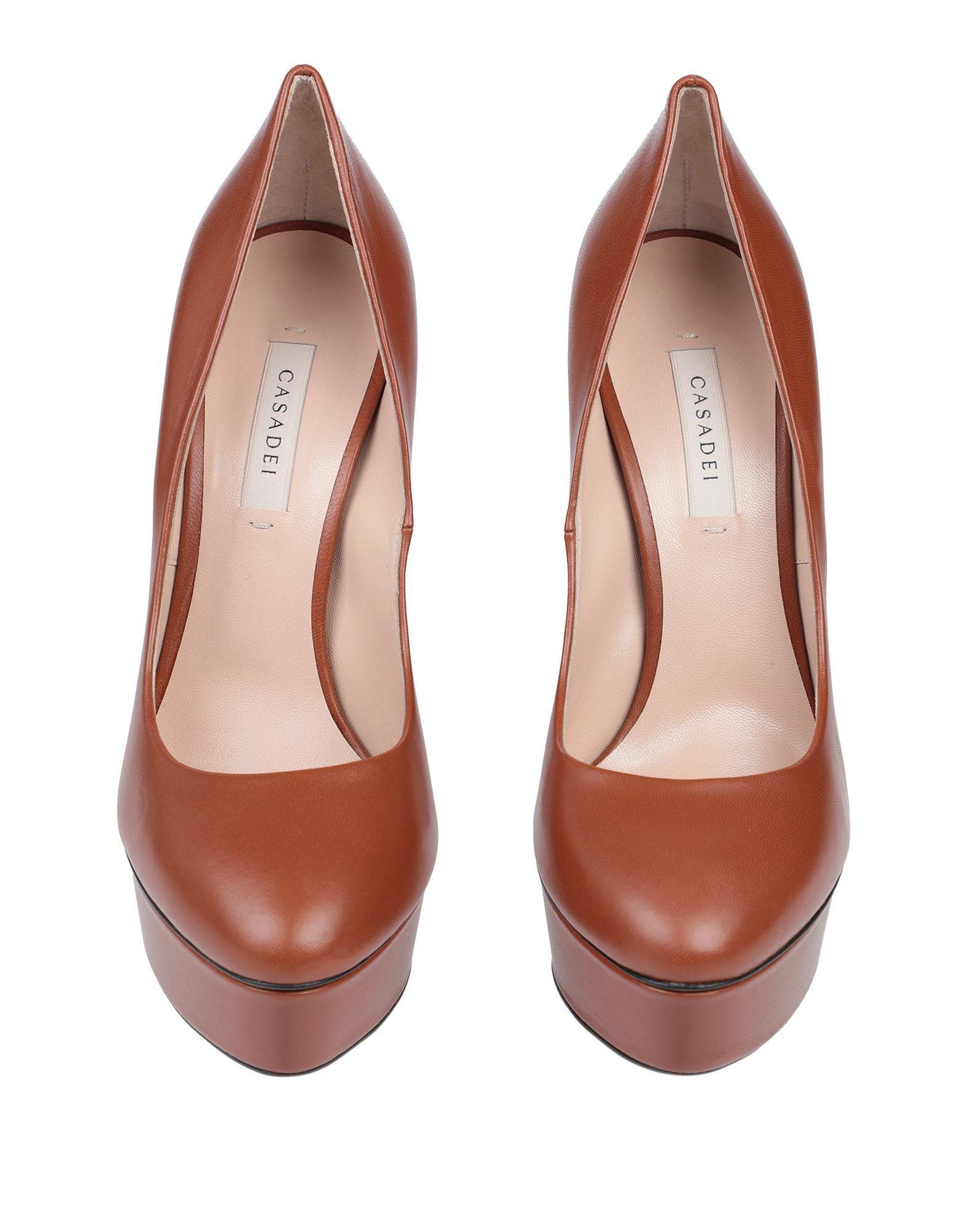 Zapatos de salón Casadei de color Marrón