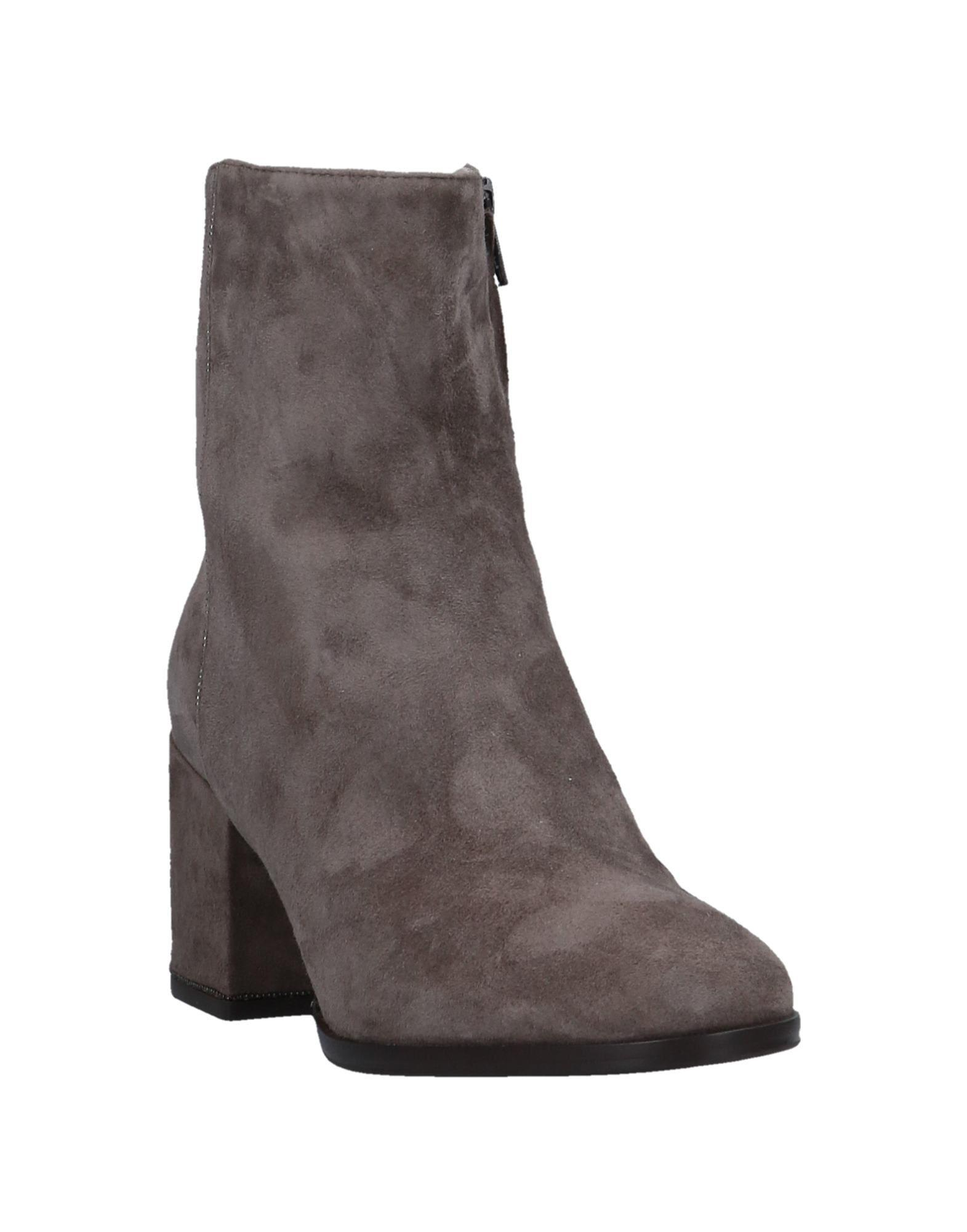 Fabiana Filippi Suede Ankle Boots in Grey (Grey)
