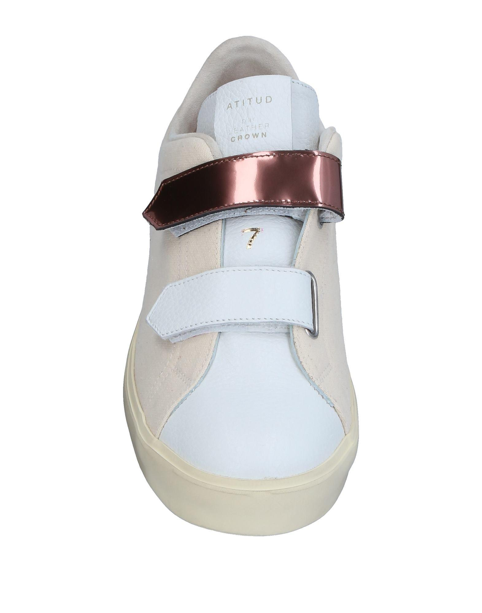 Leather Crown Canvas Low-tops & Sneakers in Ivory (White)