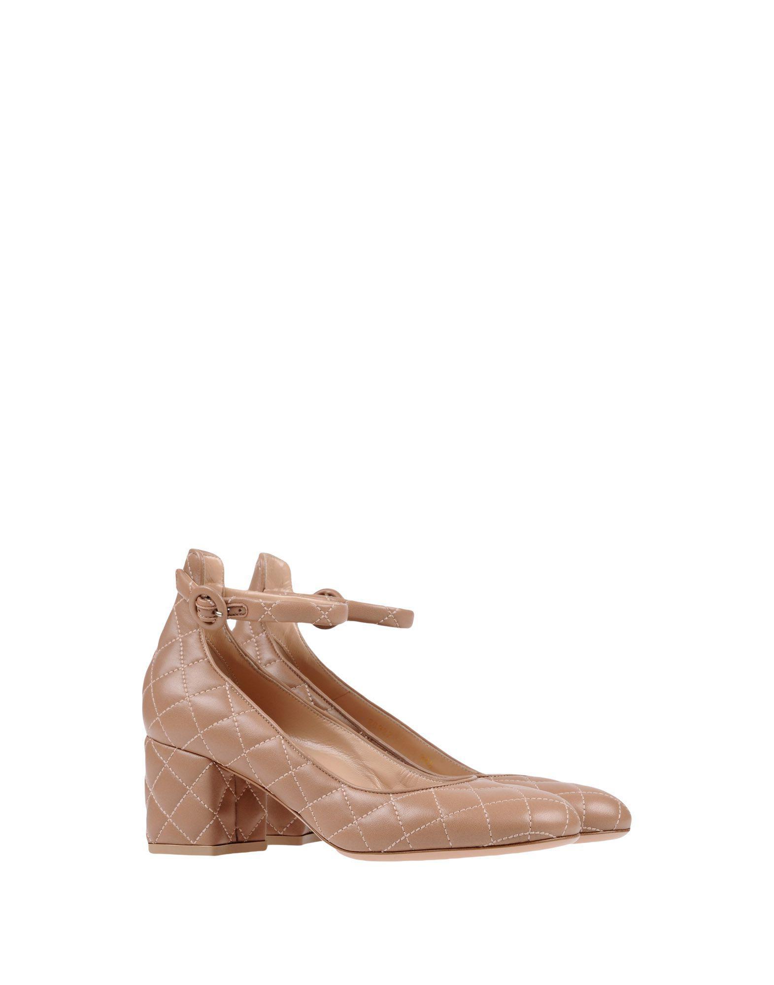 Zapatos de salón Gianvito Rossi de Cuero