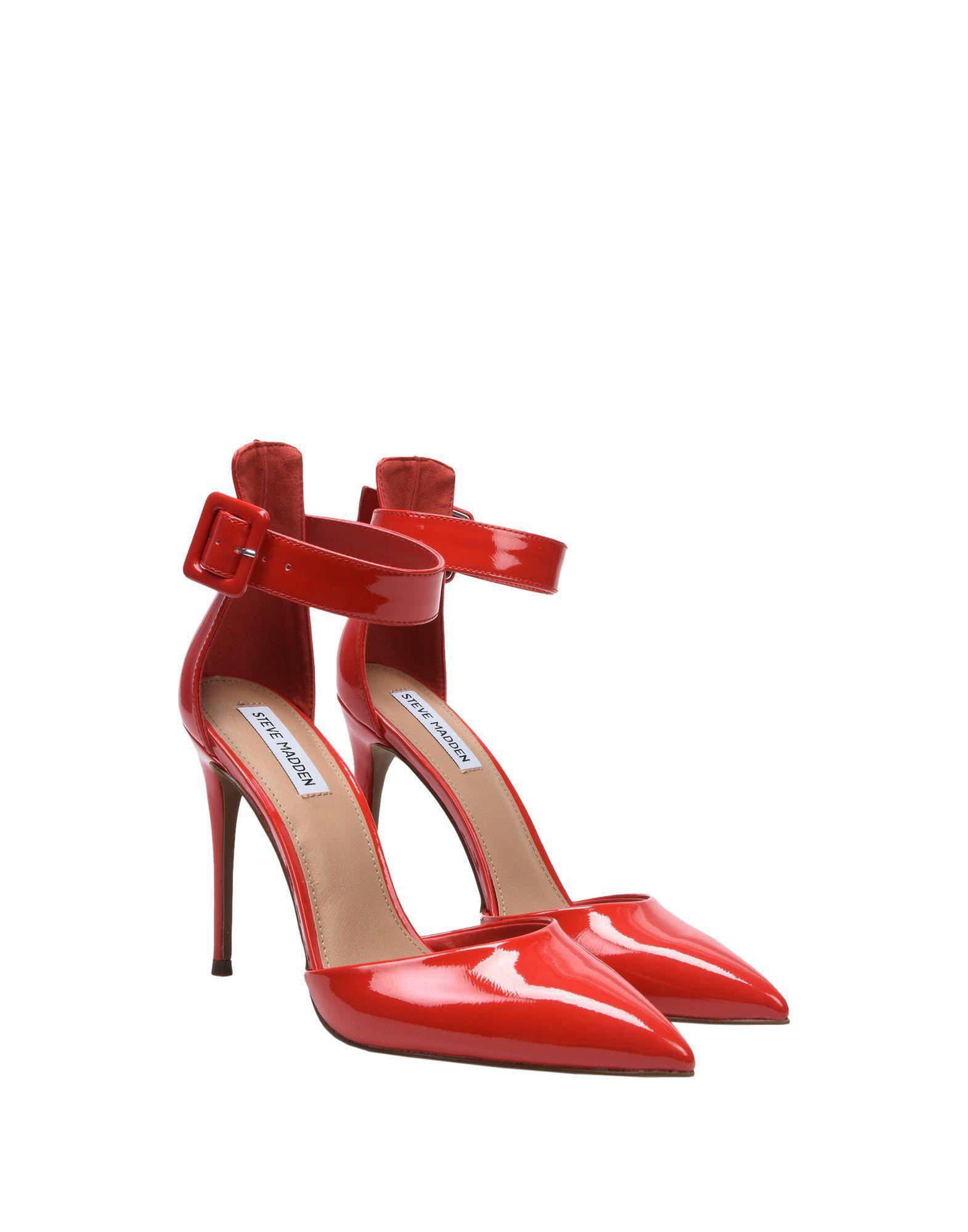 Zapatos de salón Steve Madden de color Rojo