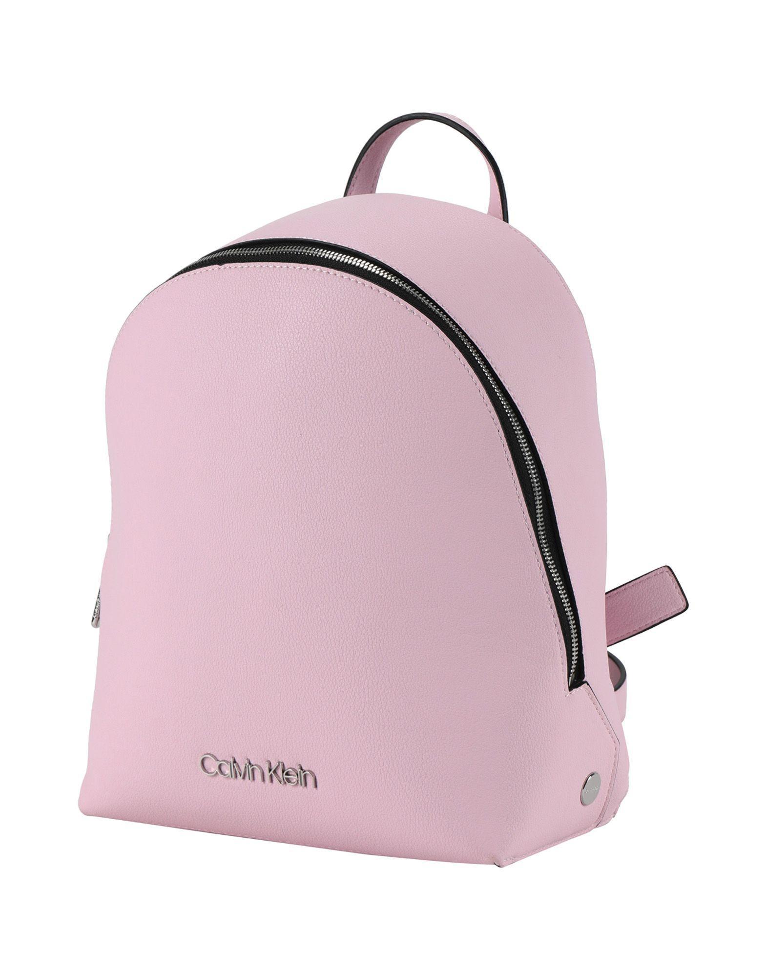 5358715c5e4 Lyst - Mochilas y riñoneras Calvin Klein de color Rosa - 23 % de ...