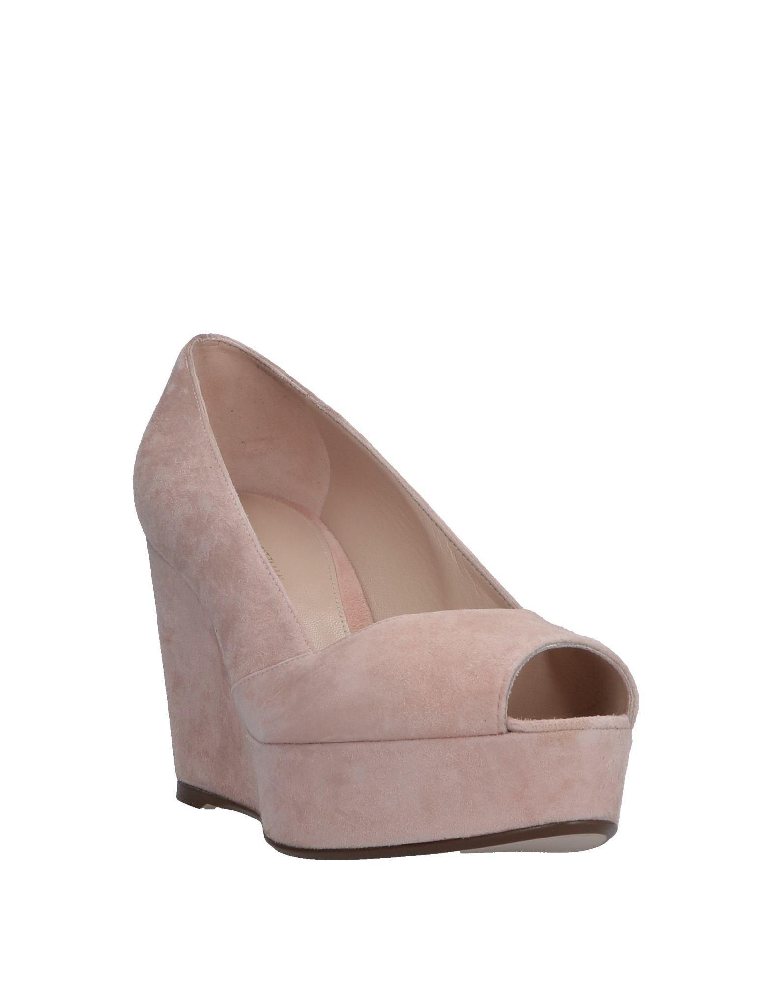 Zapatos de salón Stuart Weitzman