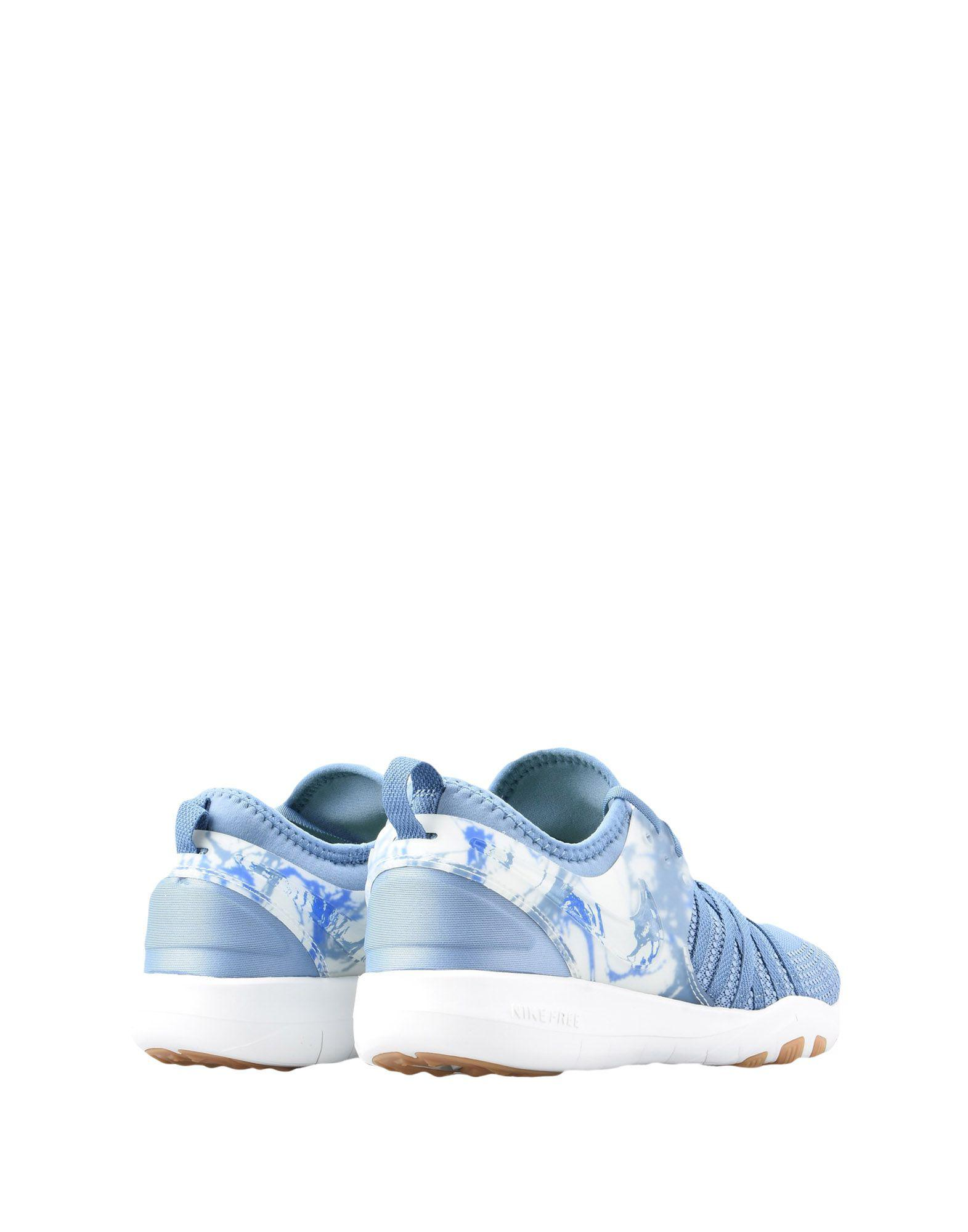 Nike Low-tops & Sneakers in Pastel Blue (Blue)