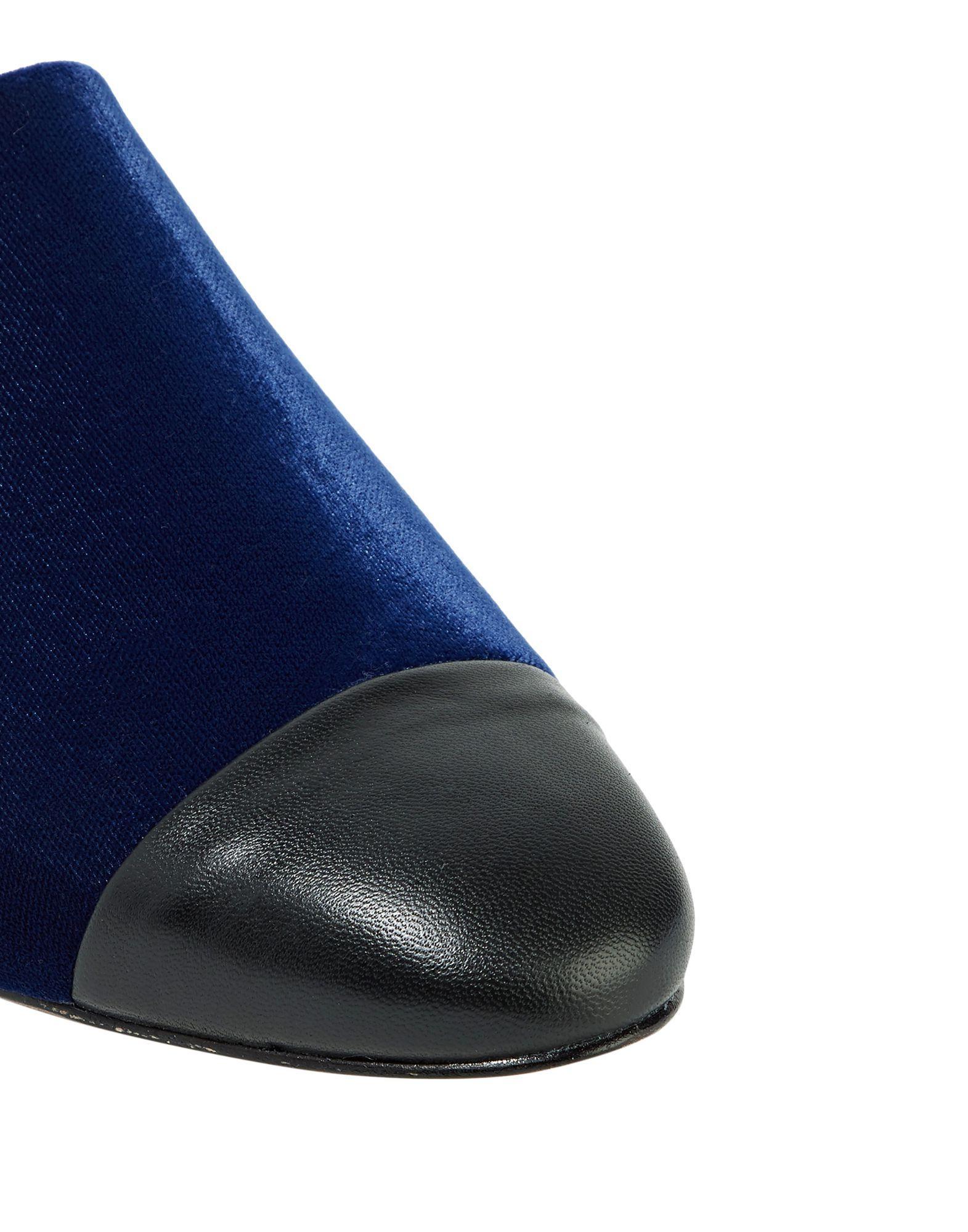 Mules & Zuecos Schutz de Terciopelo de color Azul