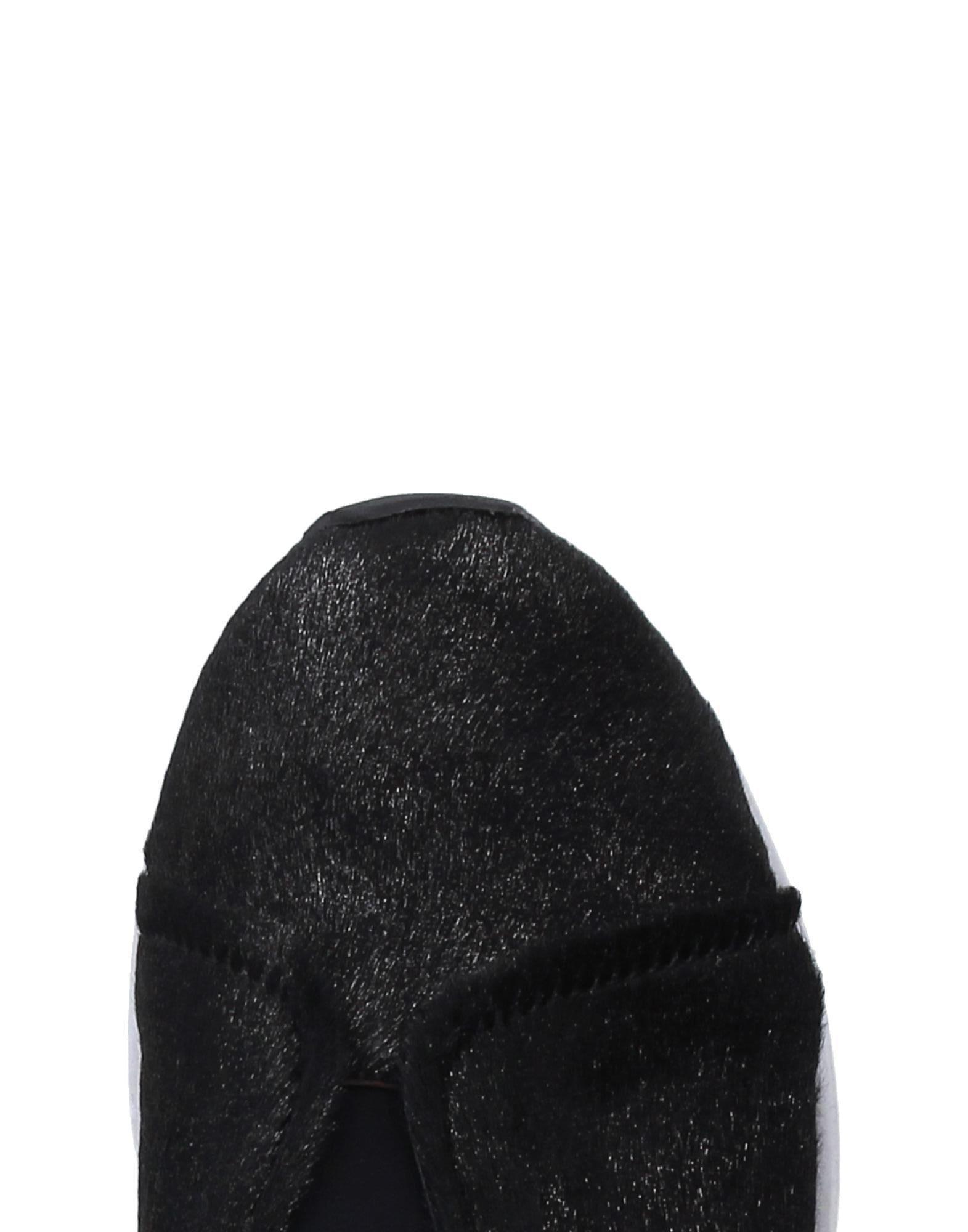 Susana Traça Leather Low-tops & Sneakers in Steel Grey (Grey)
