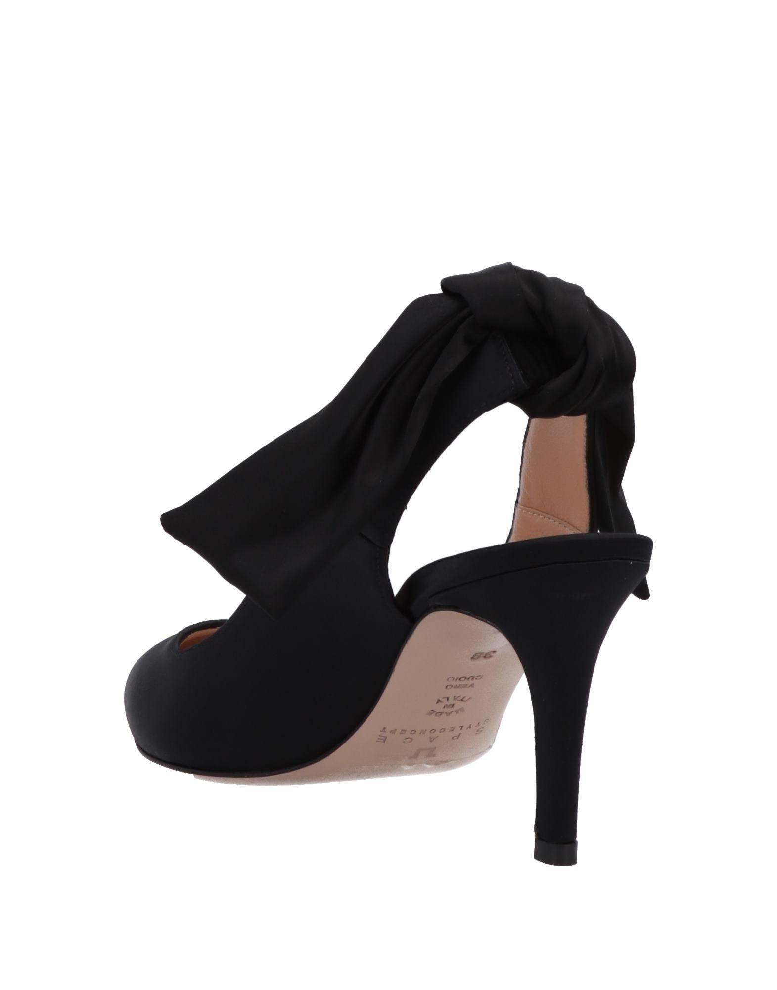 Zapatos de salón Space Style Concept de Raso de color Negro