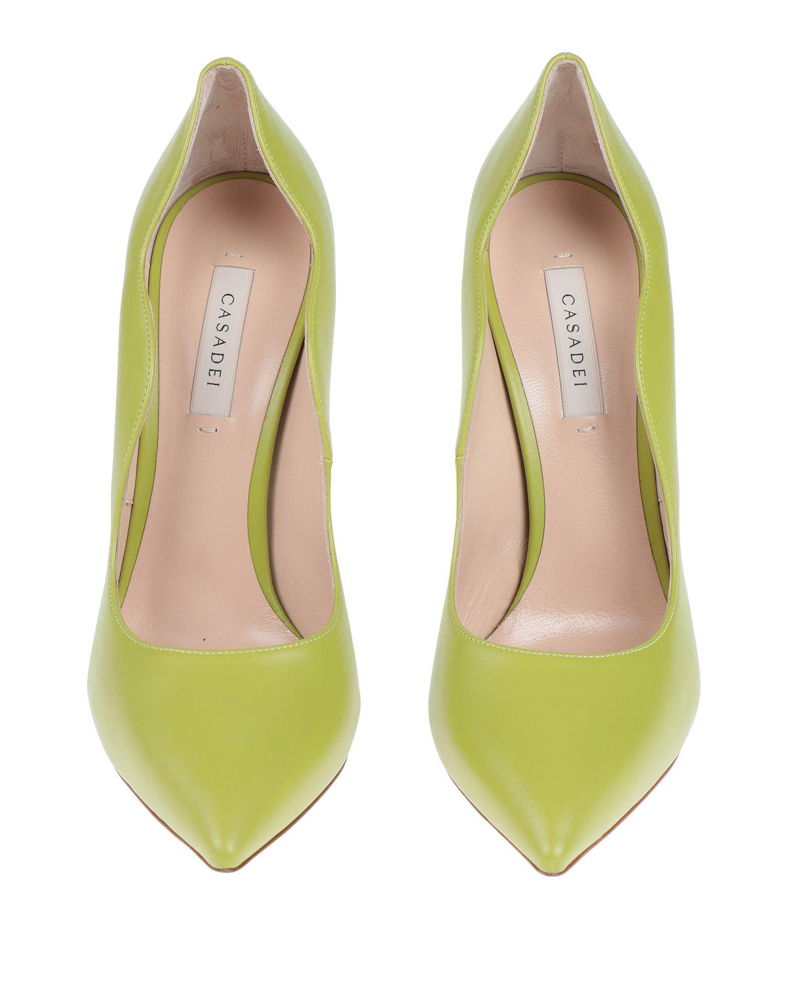 Zapatos de salón Casadei de color Verde