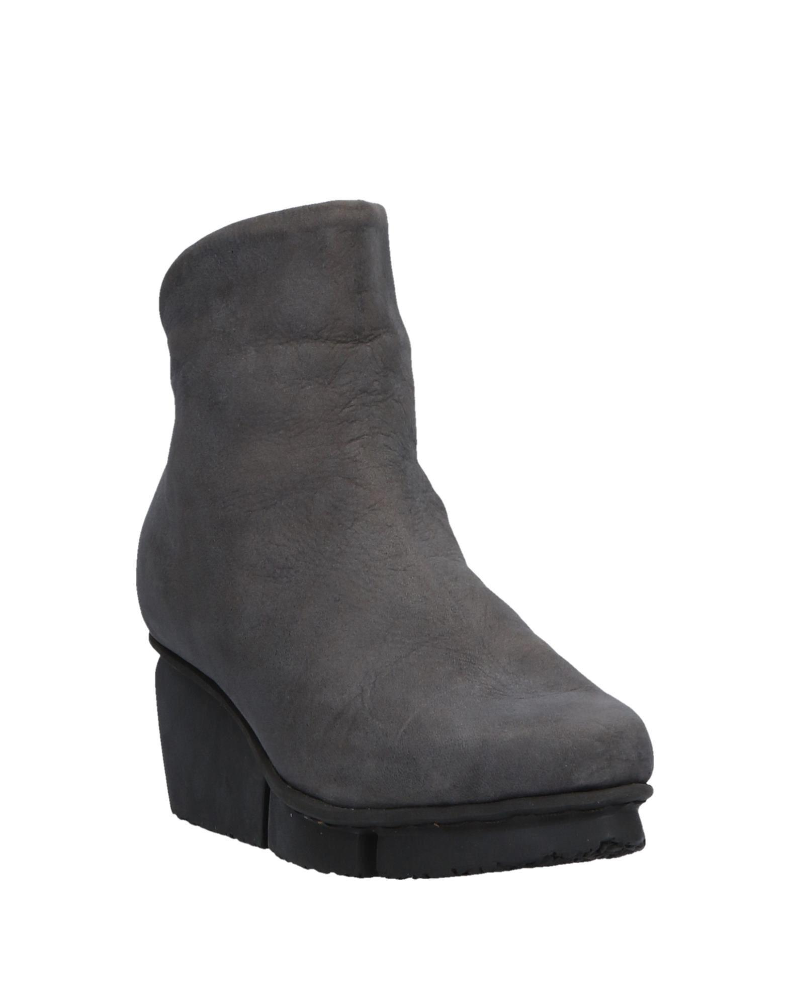 Trippen Leather Ankle Boots in Grey (Grey)