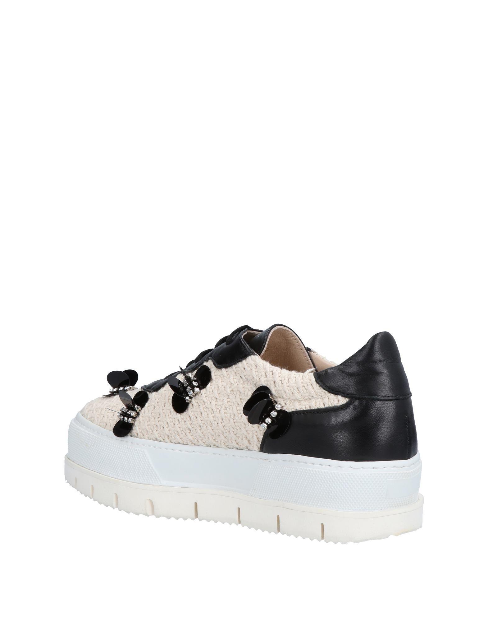 Giorgio Fabiani Tweed Low-tops & Sneakers in Ivory (White)