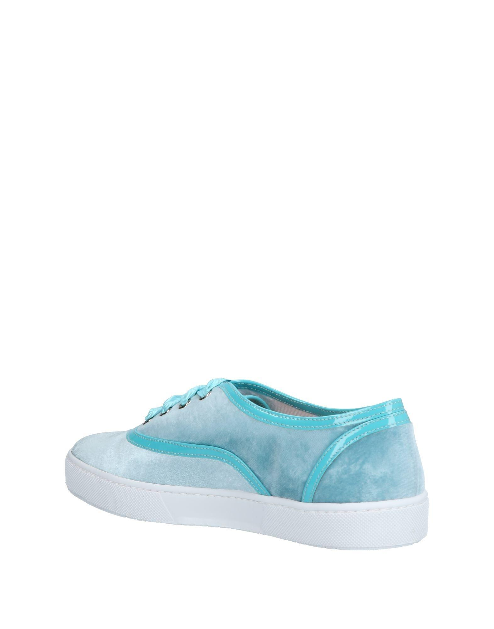 Boutique Moschino Velvet Low-tops & Sneakers in Turquoise (Blue)