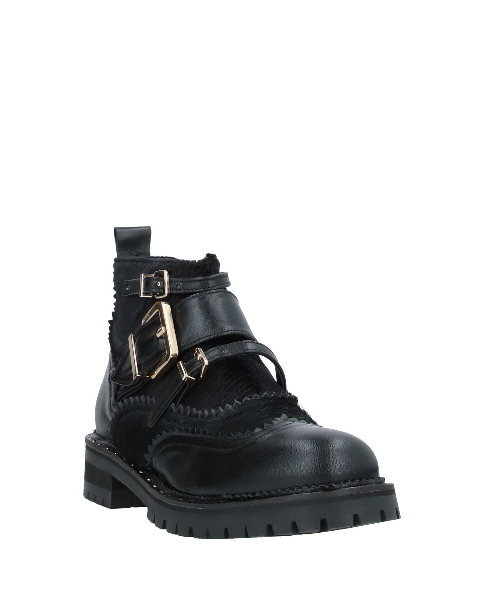 Botines de caña alta Tipe E Tacchi de color Negro