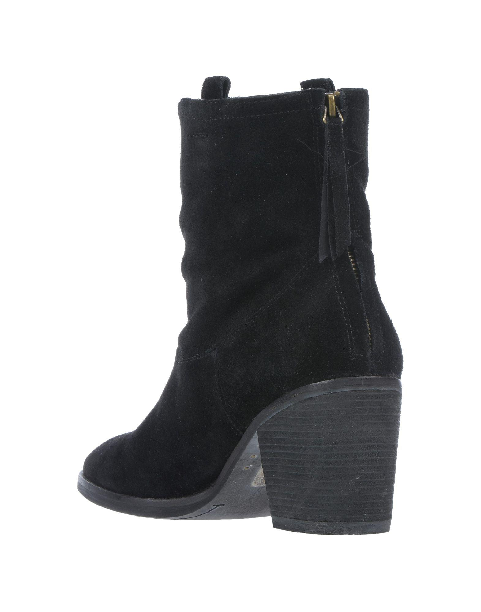 5ccfd959c Lyst - Sam Edelman Ankle Boots in Black