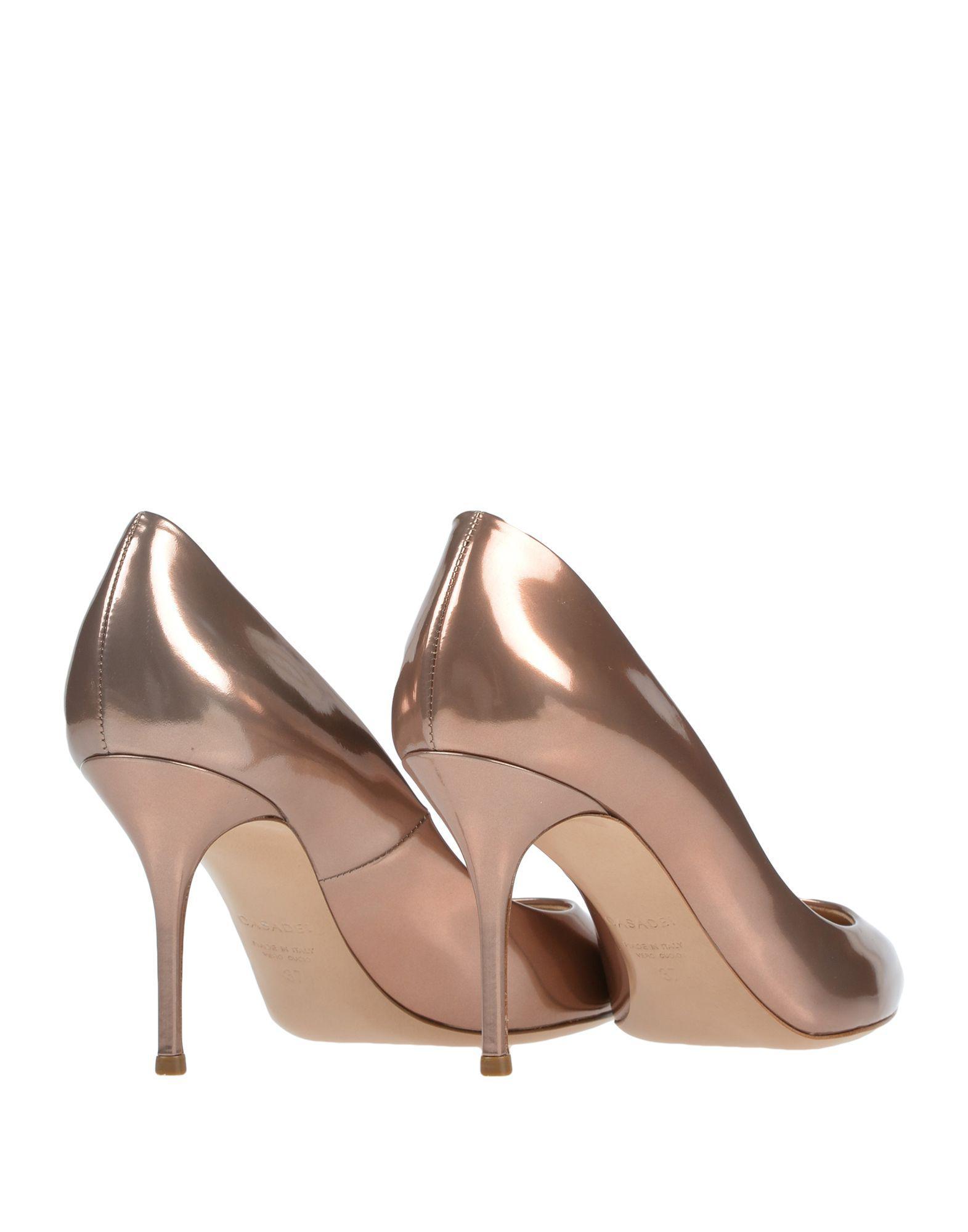 Zapatos de salón Casadei de Cuero de color Rosa