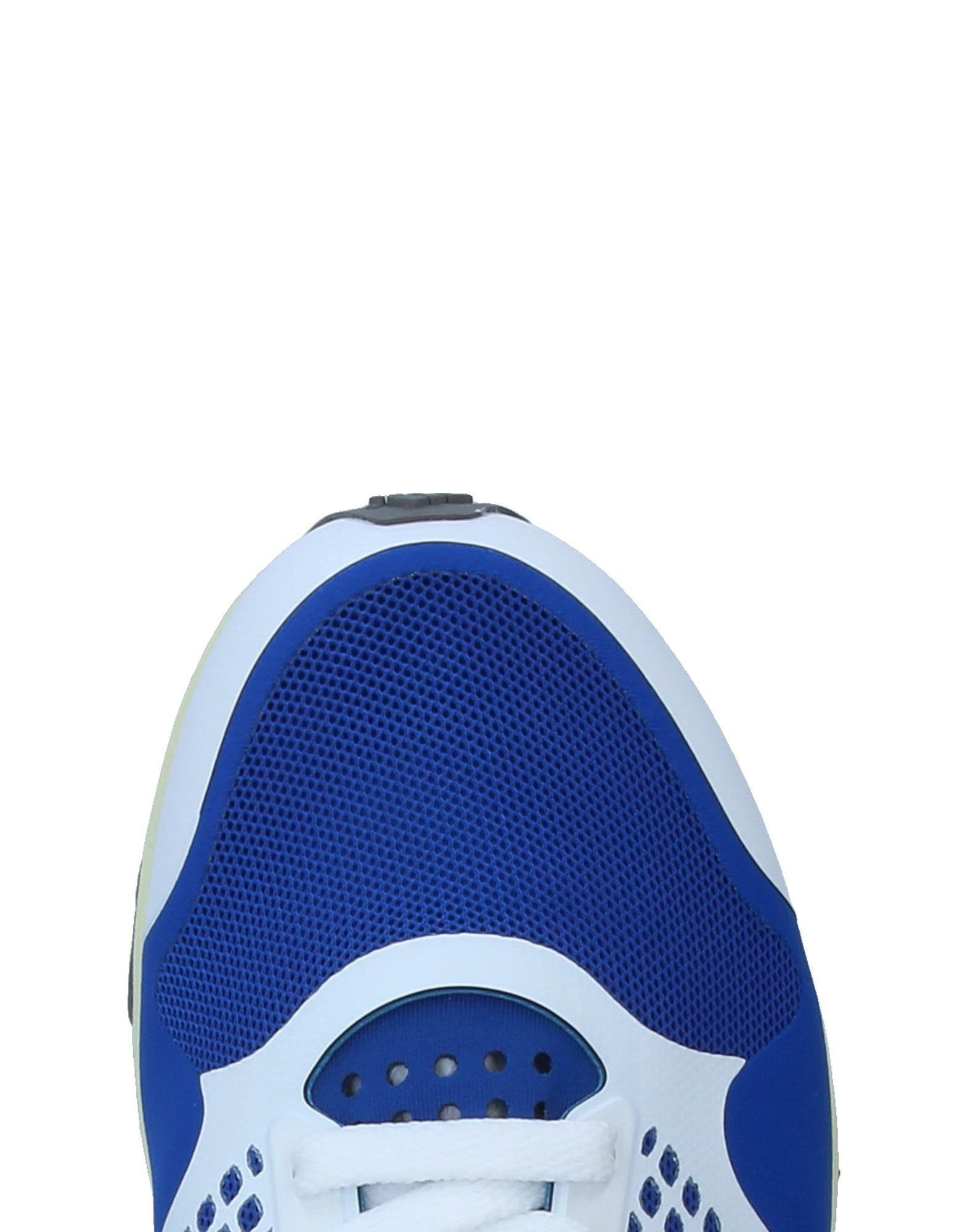 adidas By Stella McCartney Low-tops & Sneakers in Blue