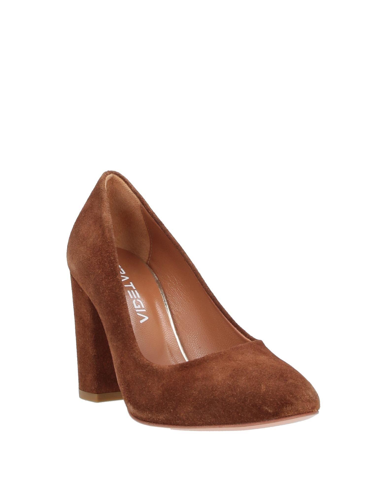 Zapatos de salón Strategia de Ante de color Marrón
