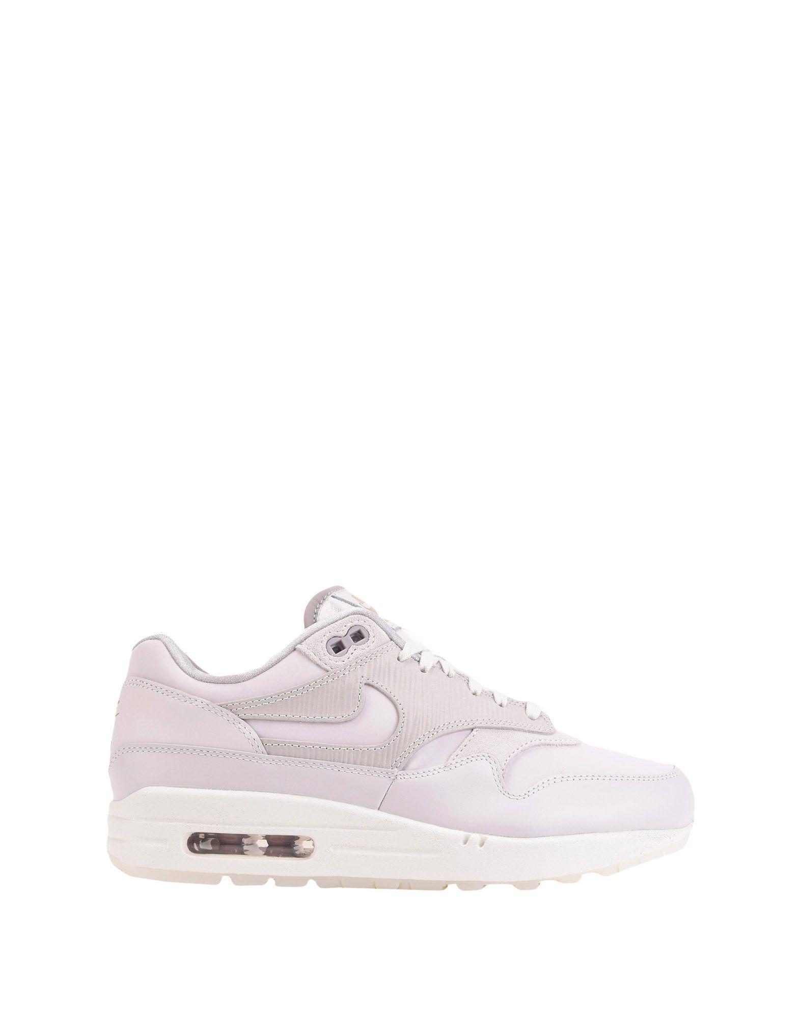 Nike Suede Low-tops & Sneakers in Light Pink (Pink)