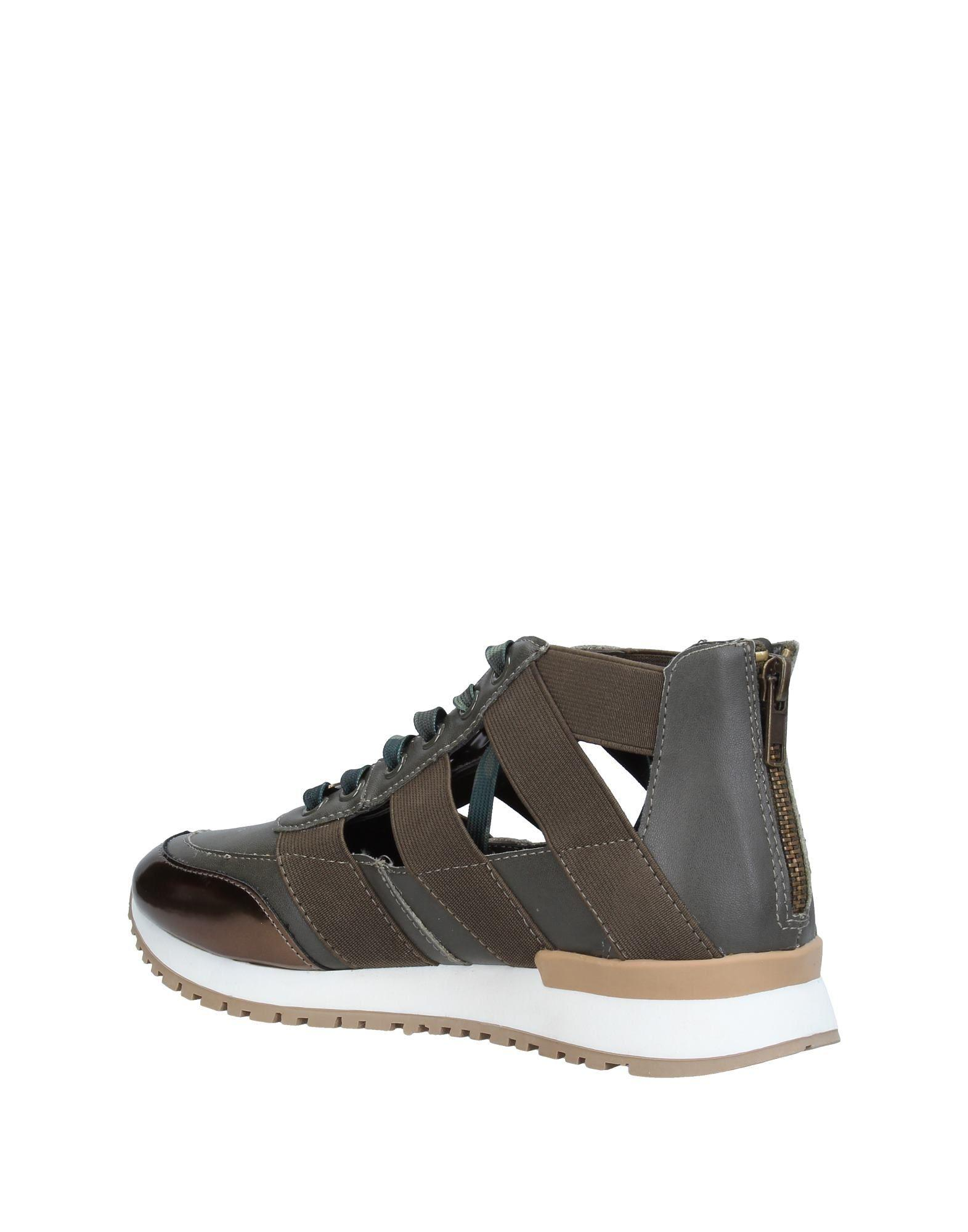 Steve Madden Low-tops & Sneakers in Dark Green (Green)