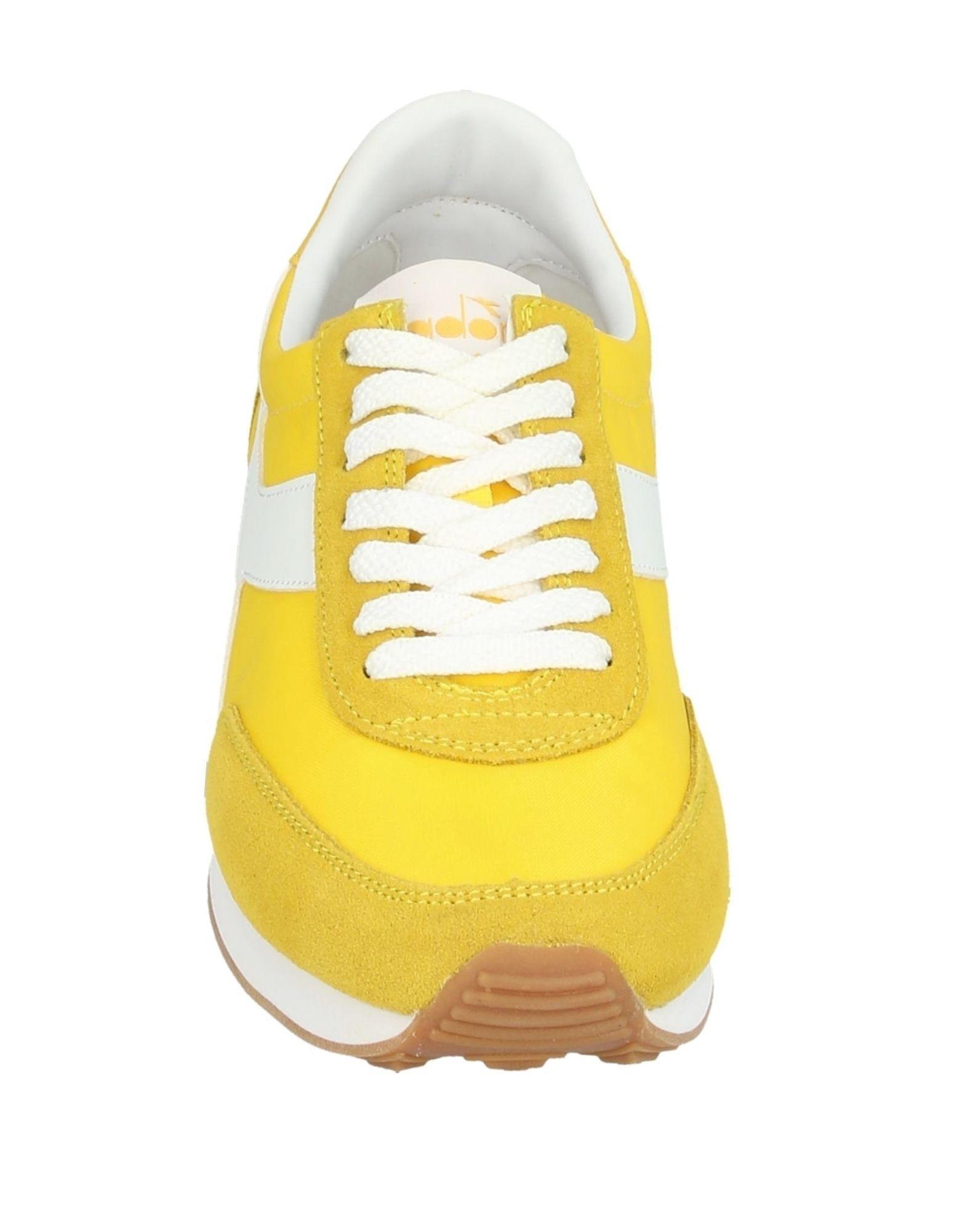 Sneakers & Deportivas Diadora de color Amarillo