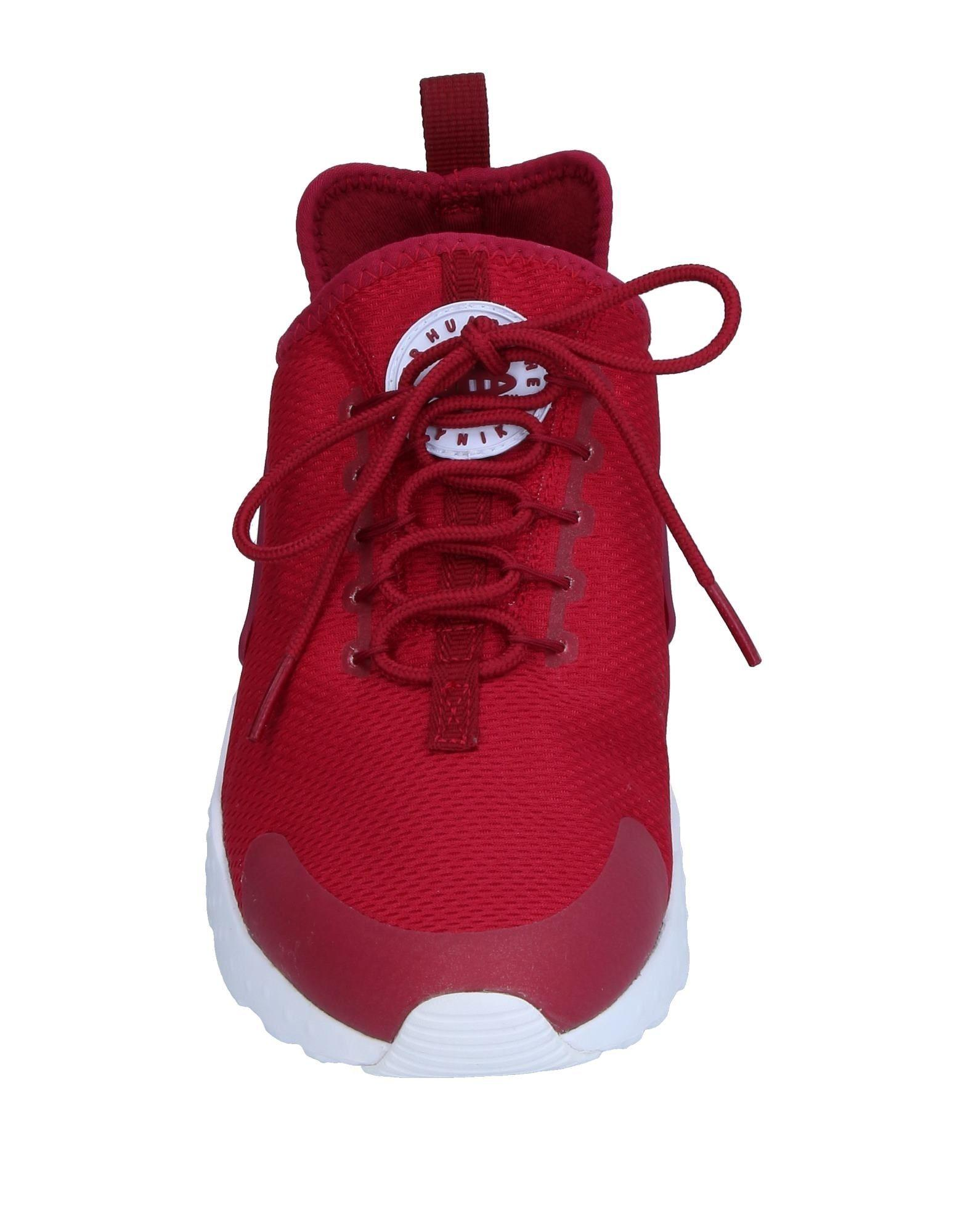 Nike Rubber Low-tops & Sneakers in Garnet (Red)