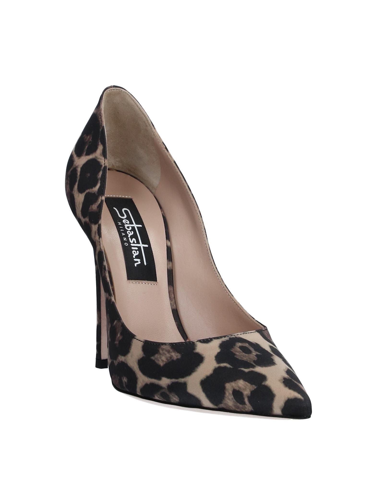 Zapatos de salón Sebastian de color Negro