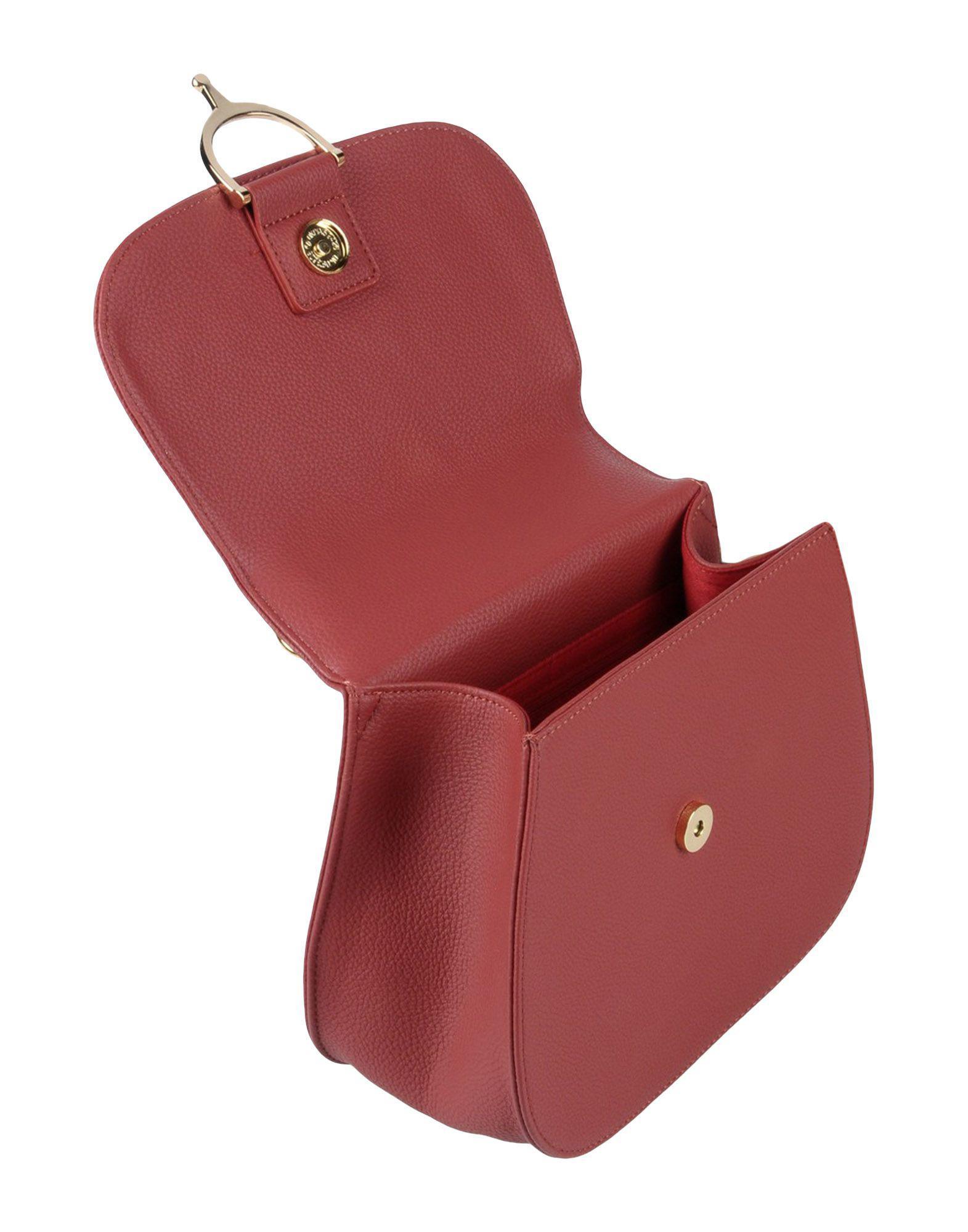Pomikaki Cross-body Bag in Brick Red (Red)