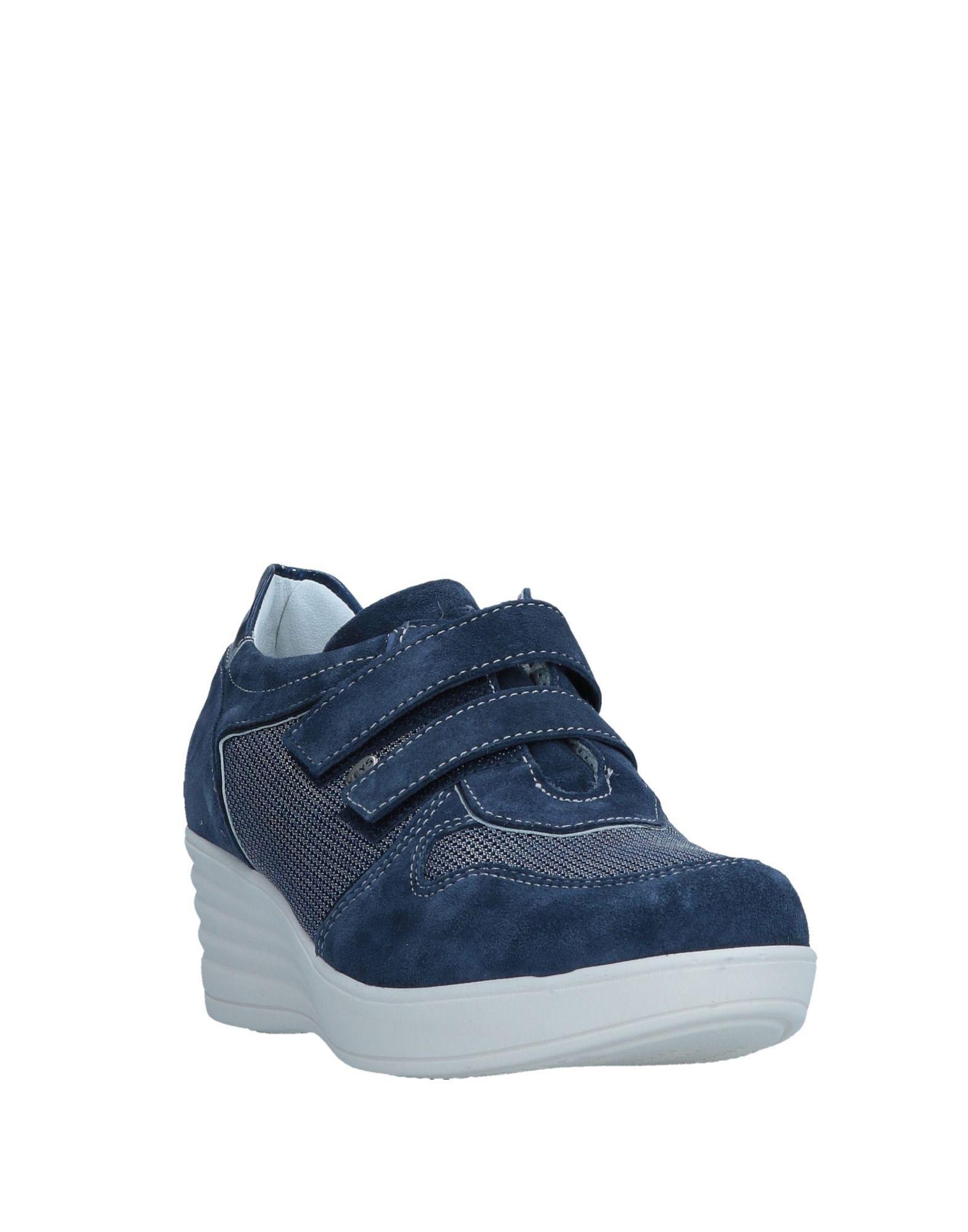 Keys Suede Low-tops & Sneakers in Dark Blue (Blue)