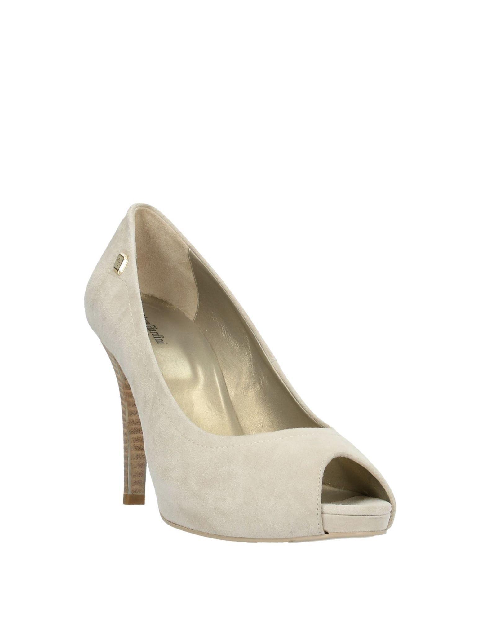 Zapatos de salón Nero Giardini de Ante de color Neutro