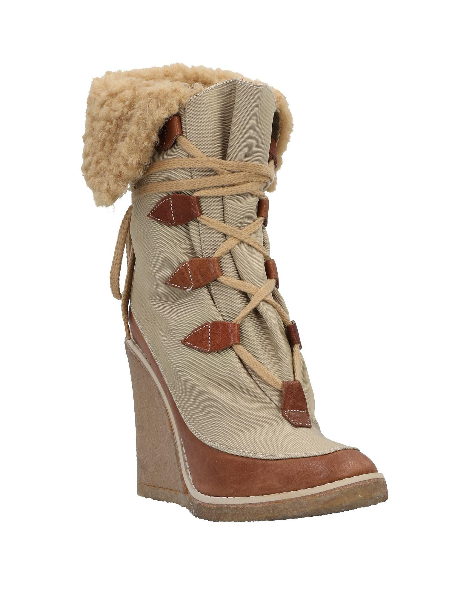 Chloé Ankle Boots in Beige (Natural)