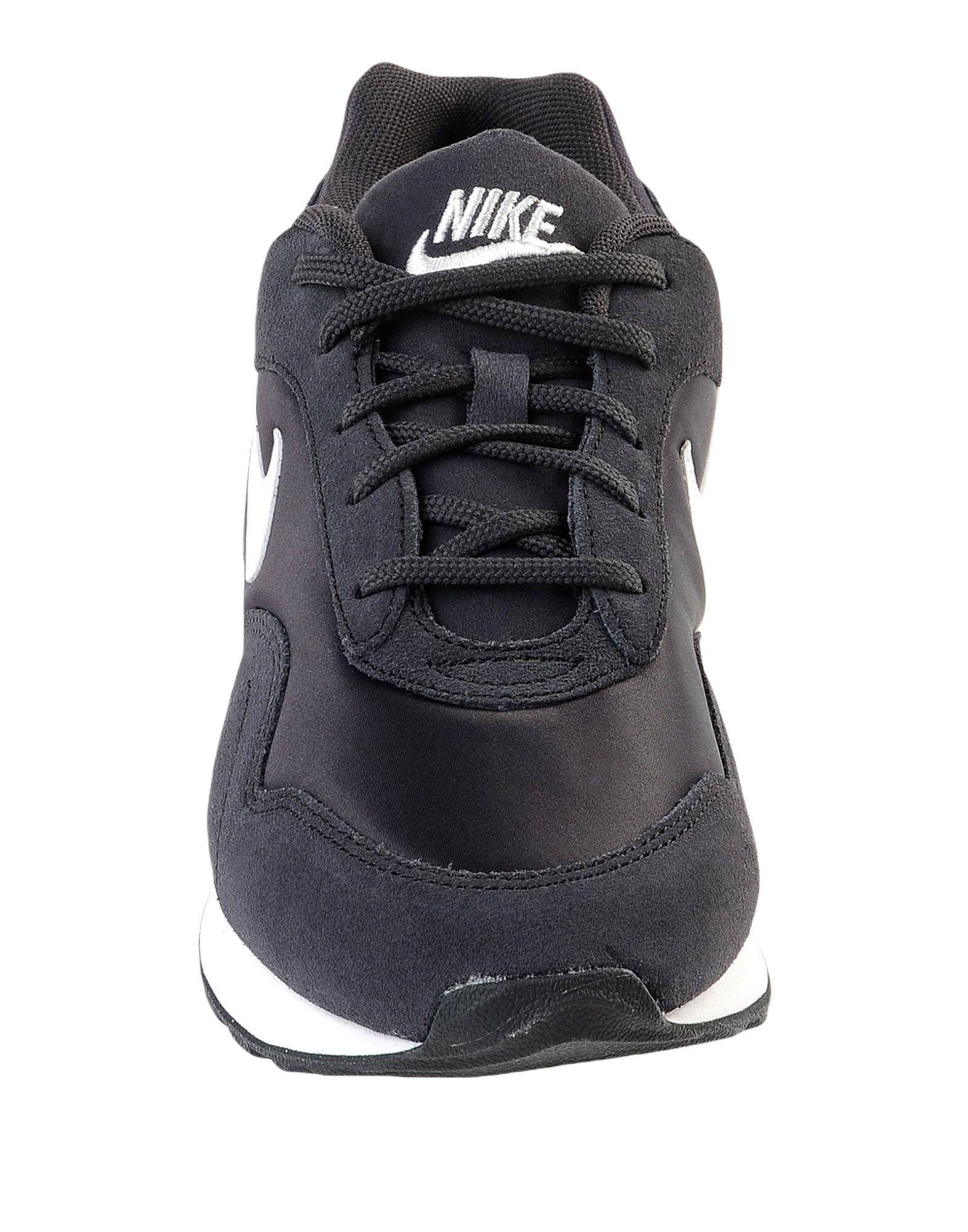 Nike Suede Low-tops & Sneakers