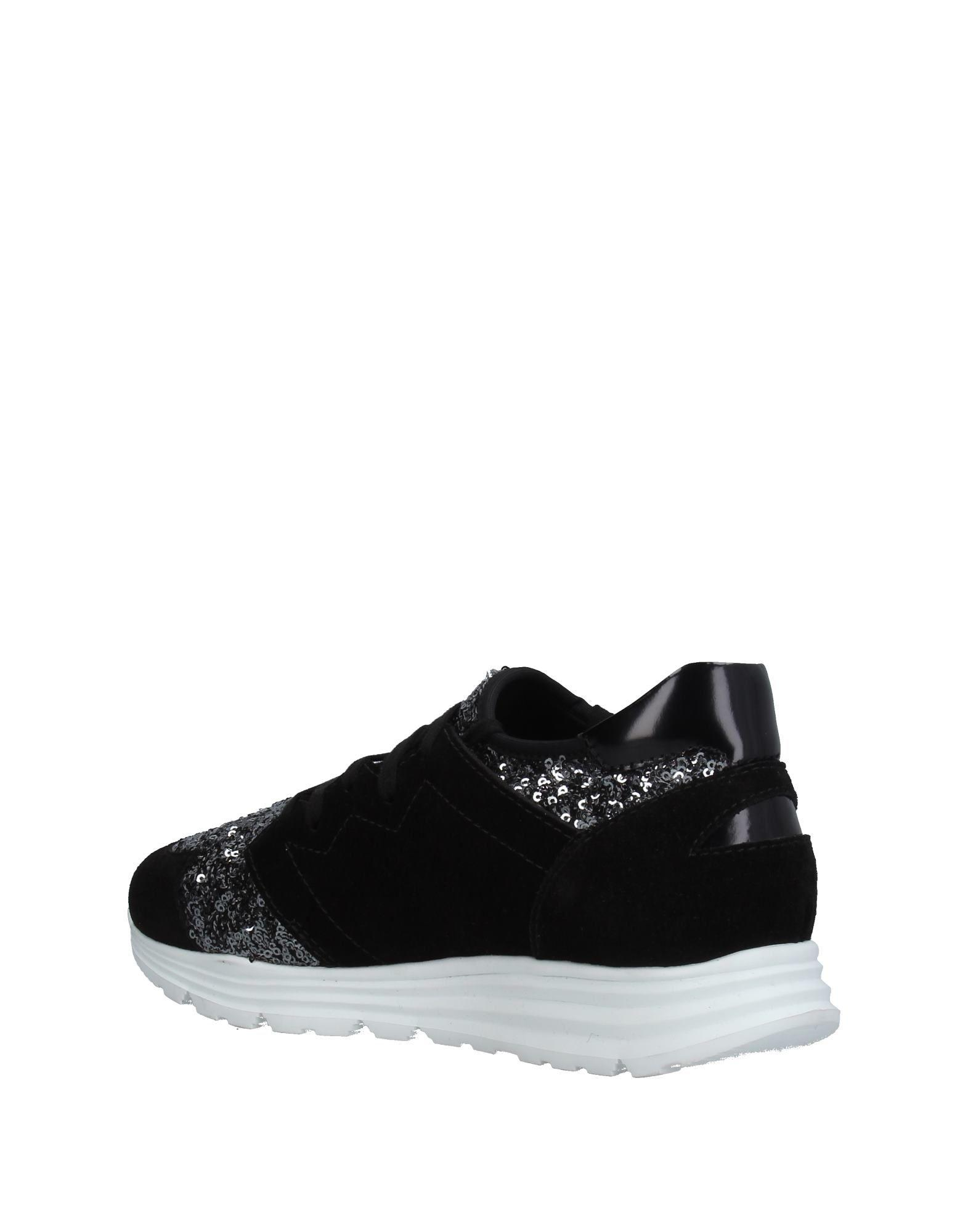 Space Style Concept Leather Low-tops & Sneakers in Black