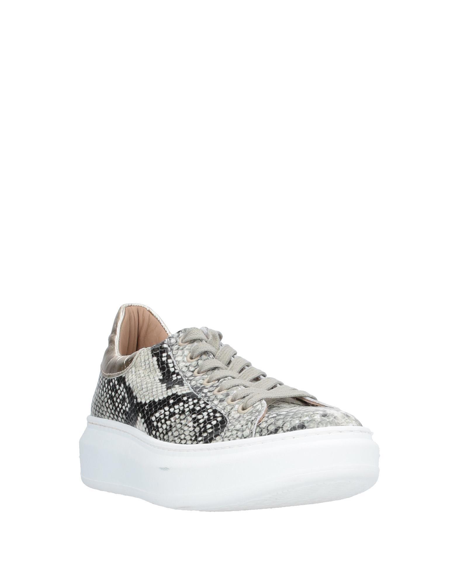 Sneakers & Deportivas Stele