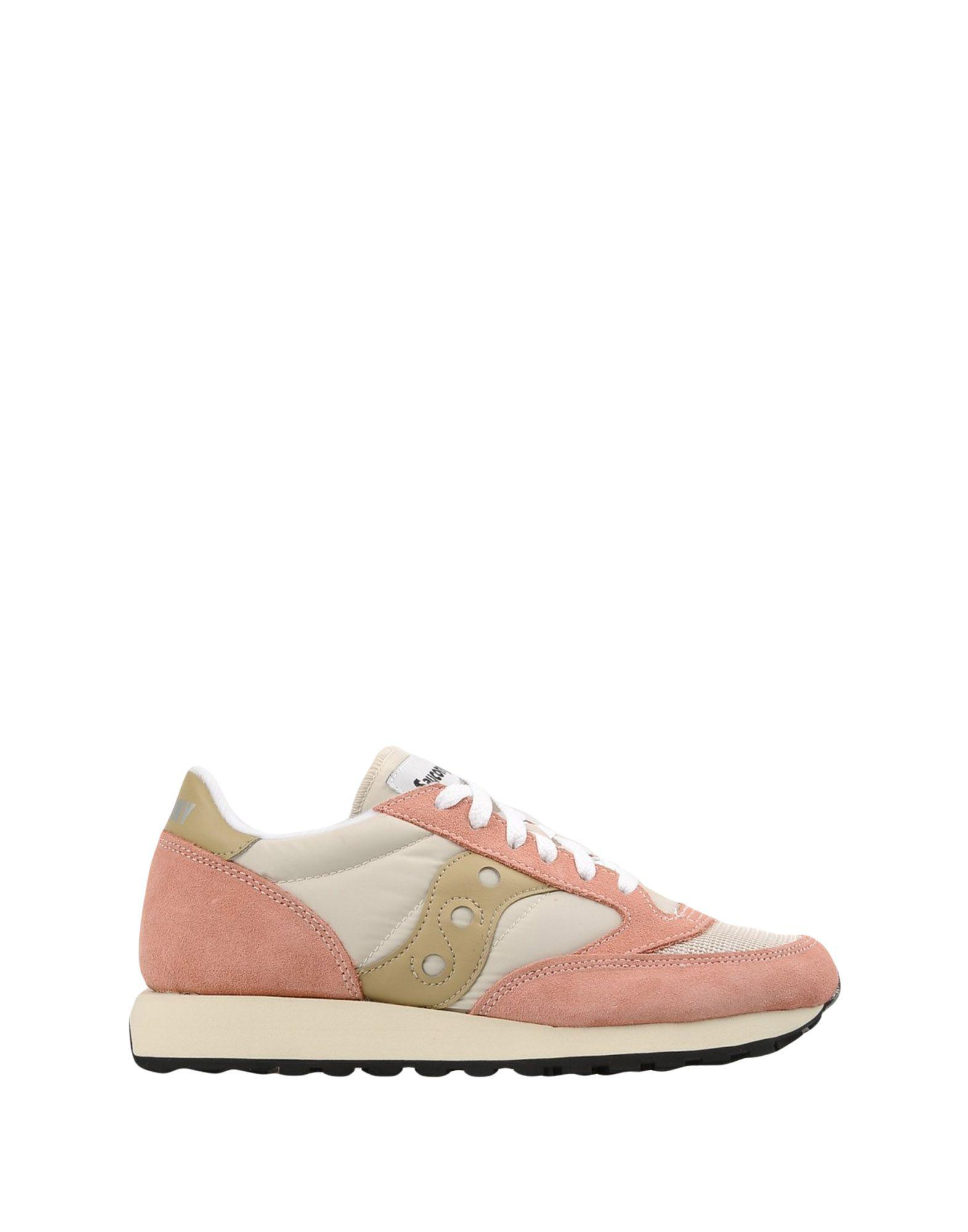 Saucony Suede Low-tops & Sneakers in Ivory (White)
