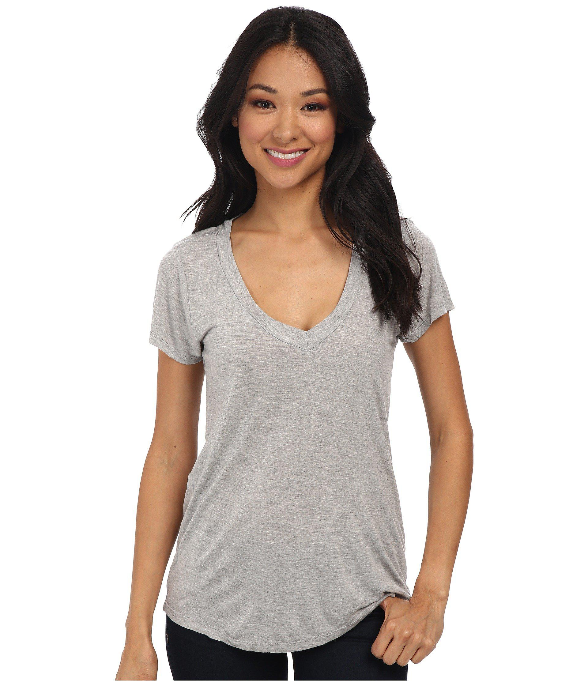af3b38e4abd Lamade Short-sleeve Low V-neck Boyfriend Tee (heather Grey) Women's ...